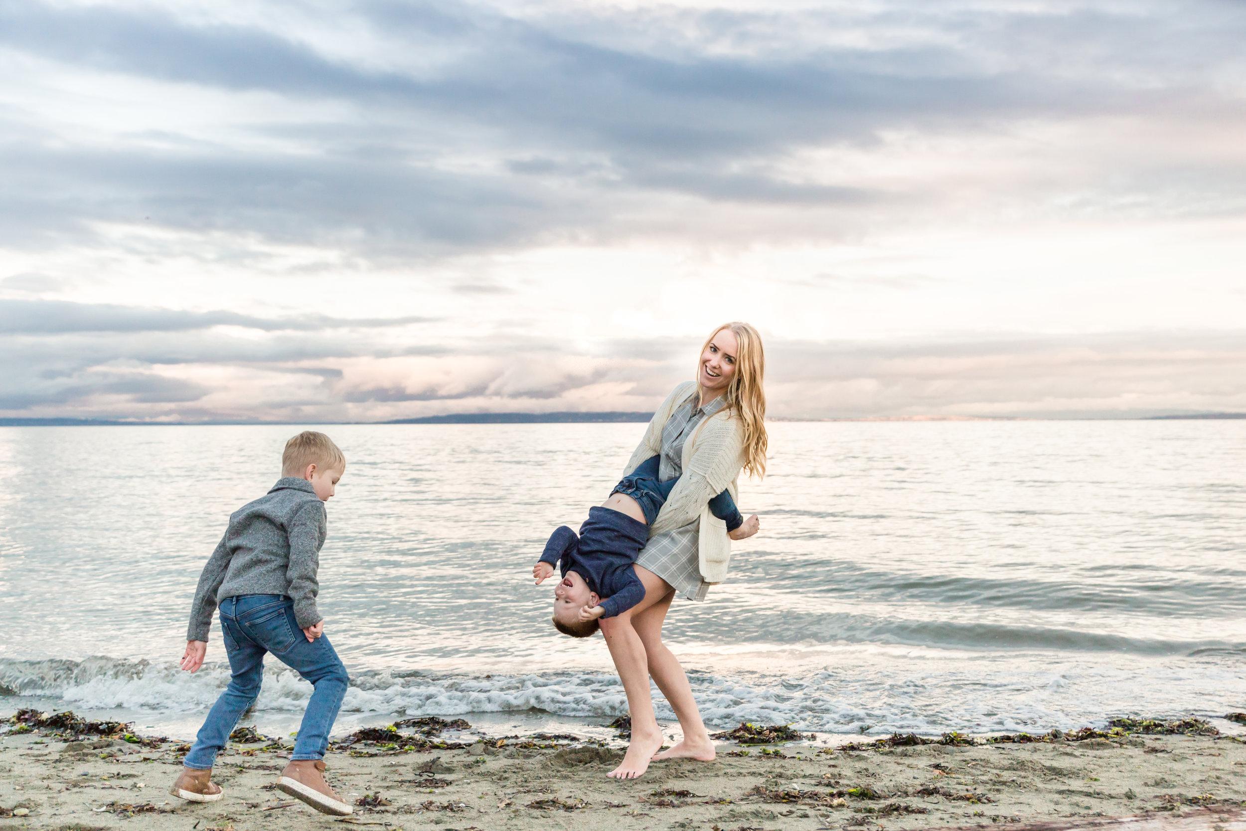 Centennial Beach Family Photos 2018-2.jpg
