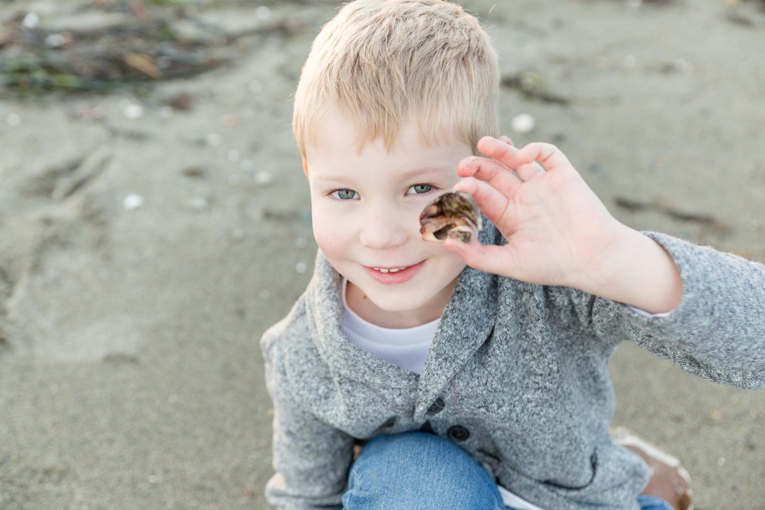 Centennial Beach Family Photos 2018-15.jpg