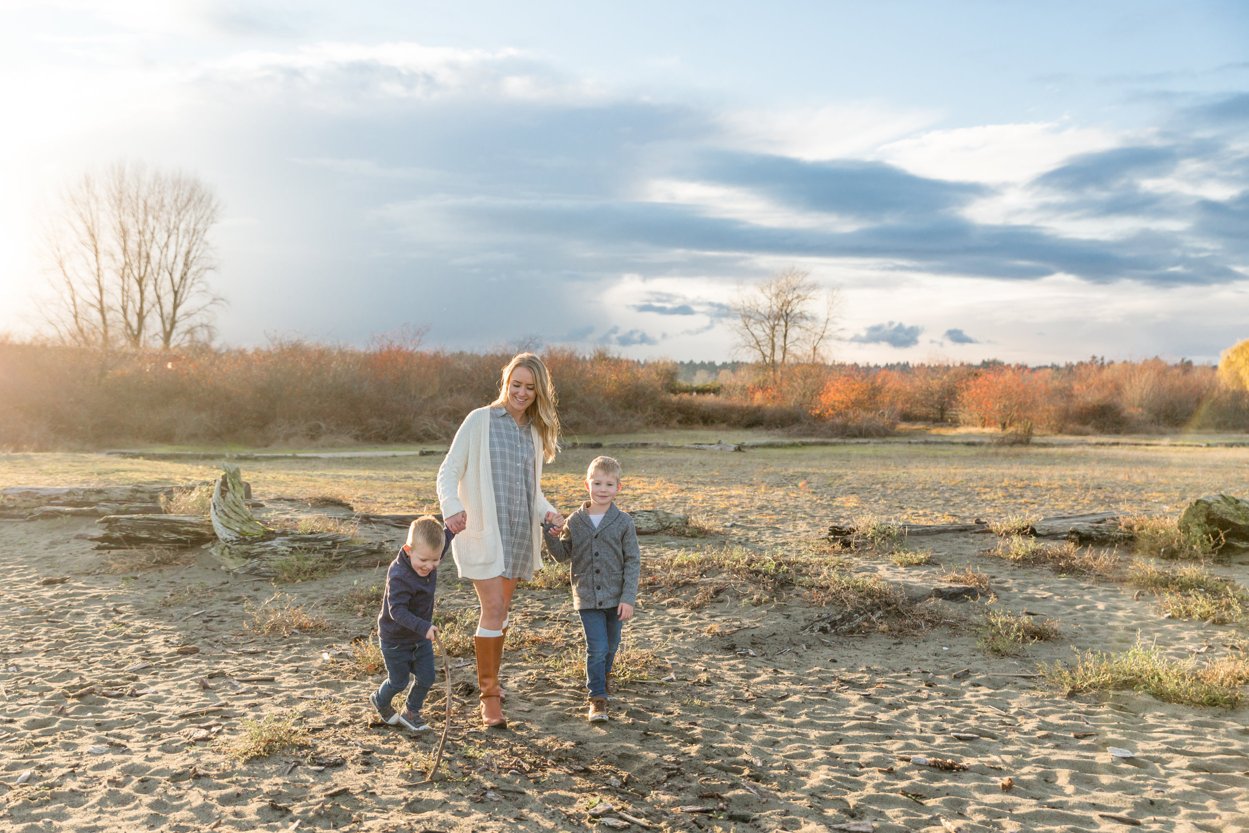 Centennial Beach Family Photos 2018-17.jpg