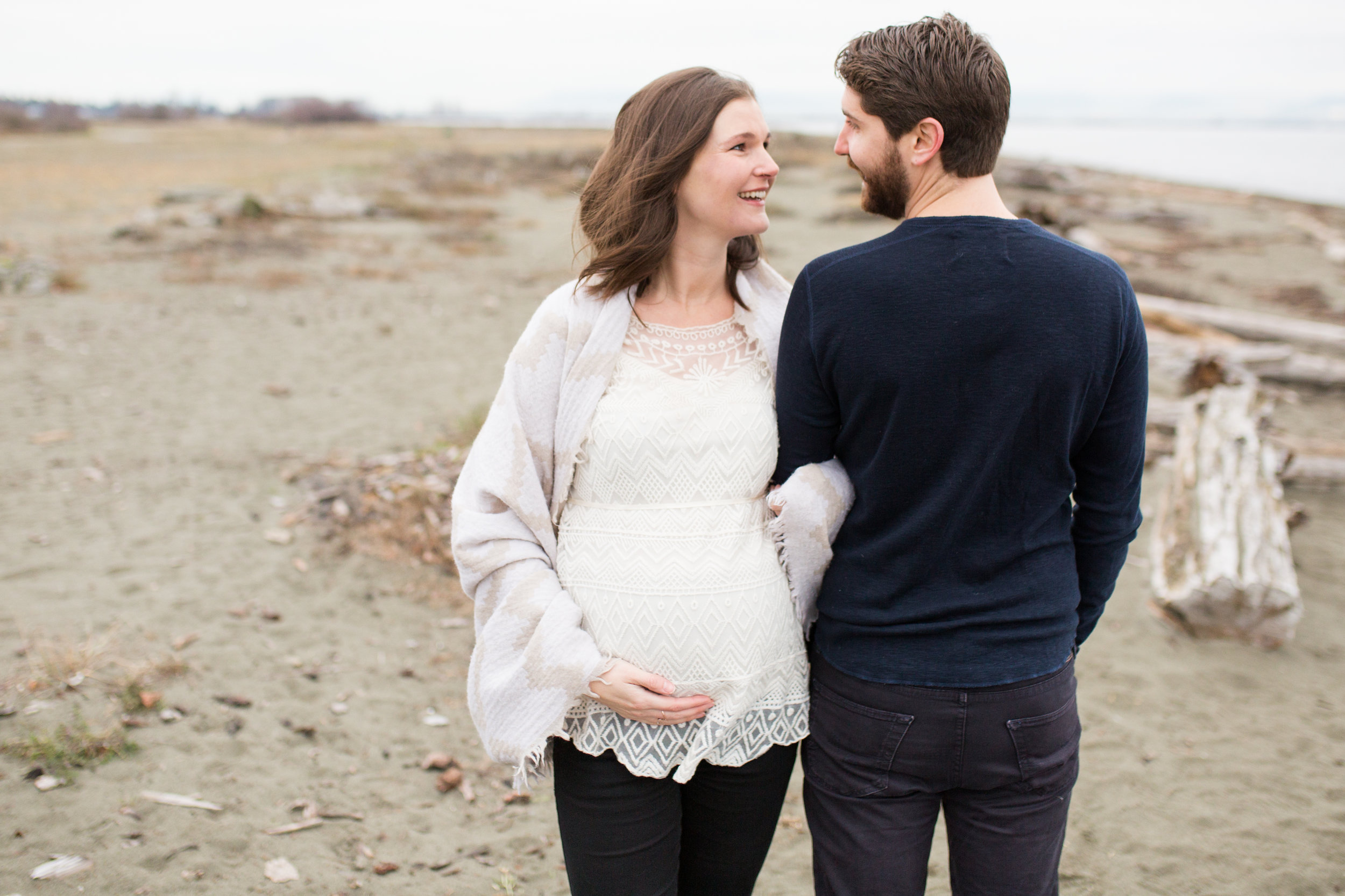 Centennial Beach Maternity Photos-40.jpg