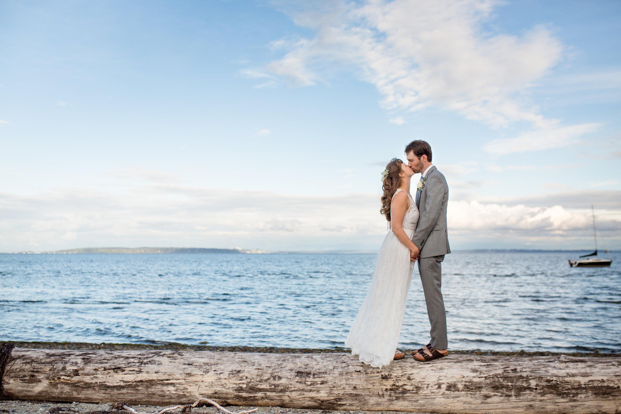Centennial Beach Wedding-11.jpg