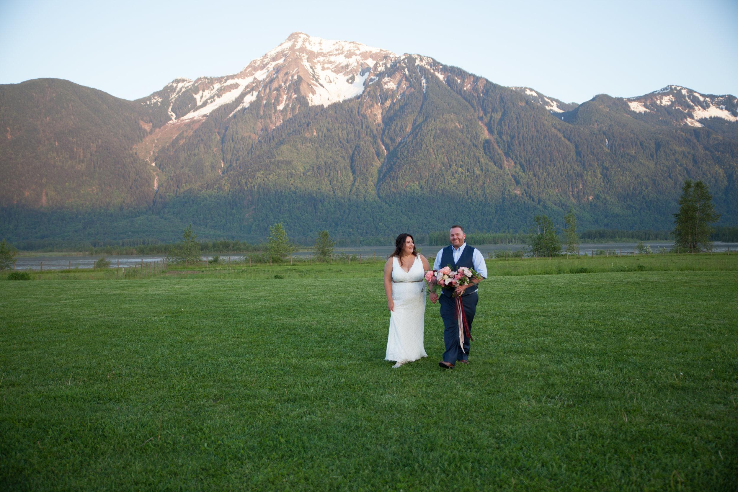 Jessy & Randy- Fraser Valley Lodge Wedding Photos-385.jpg