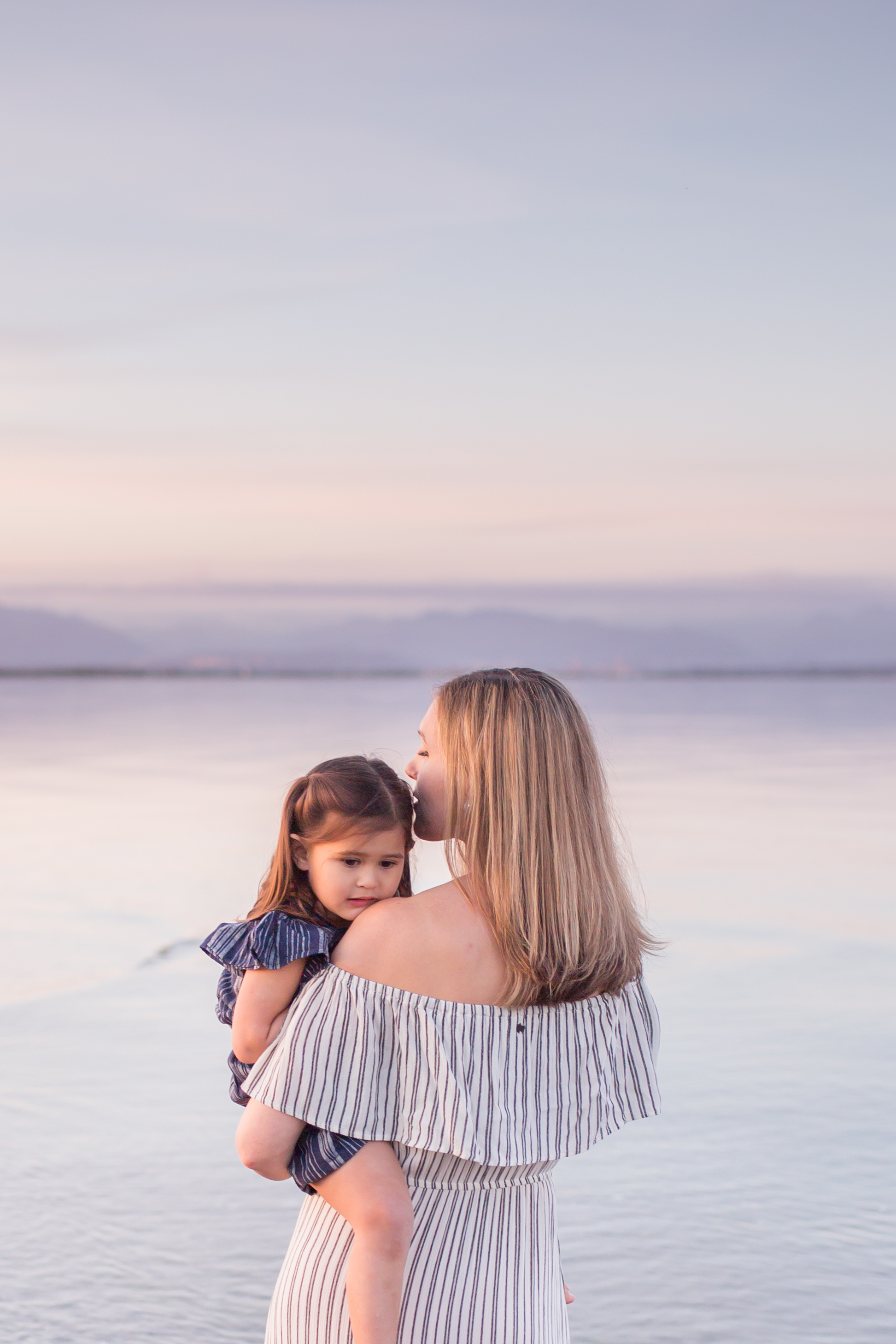 Centennial Beach Motherhood Sessions-6.jpg