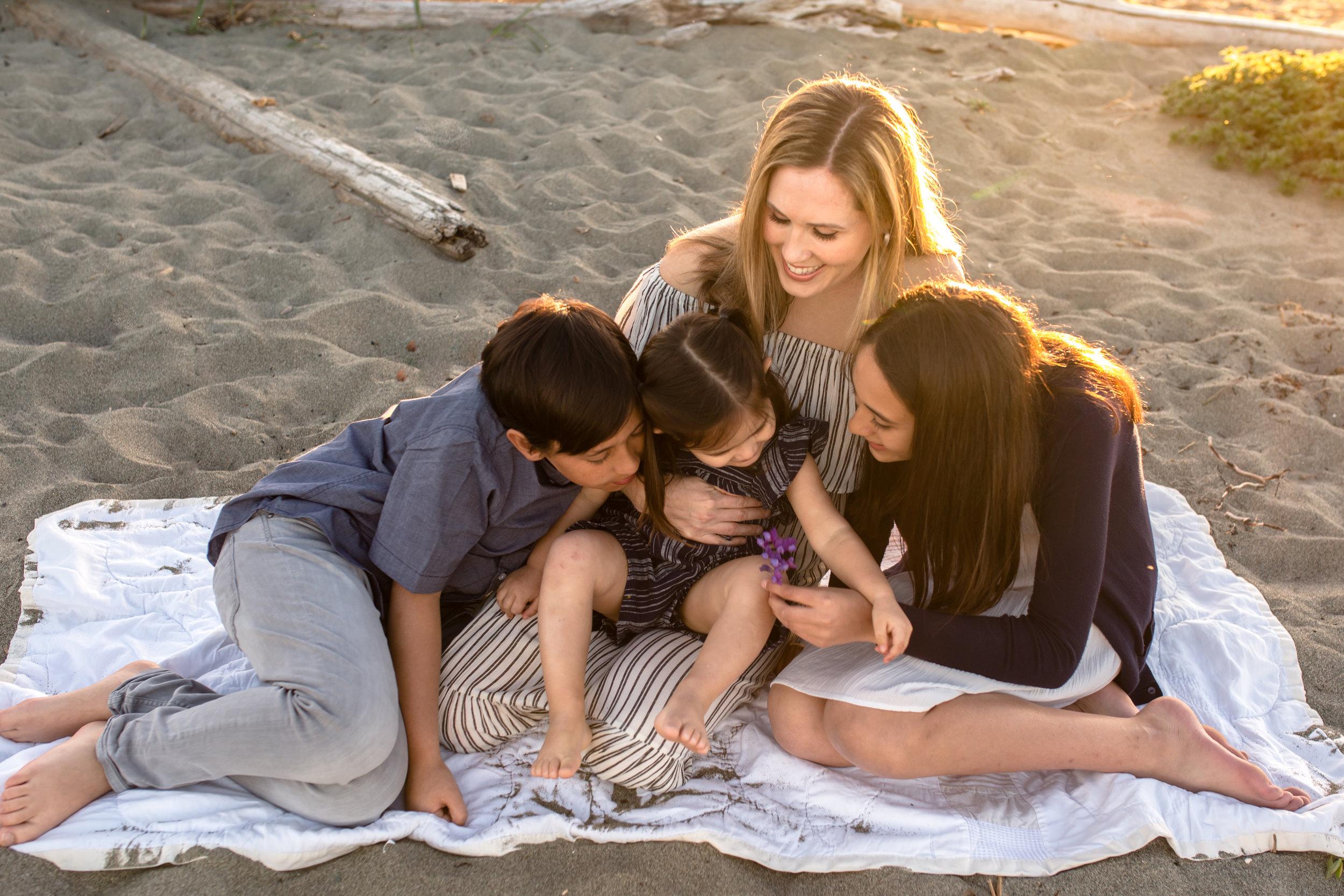 Centennial Beach Motherhood Sessions-24.jpg