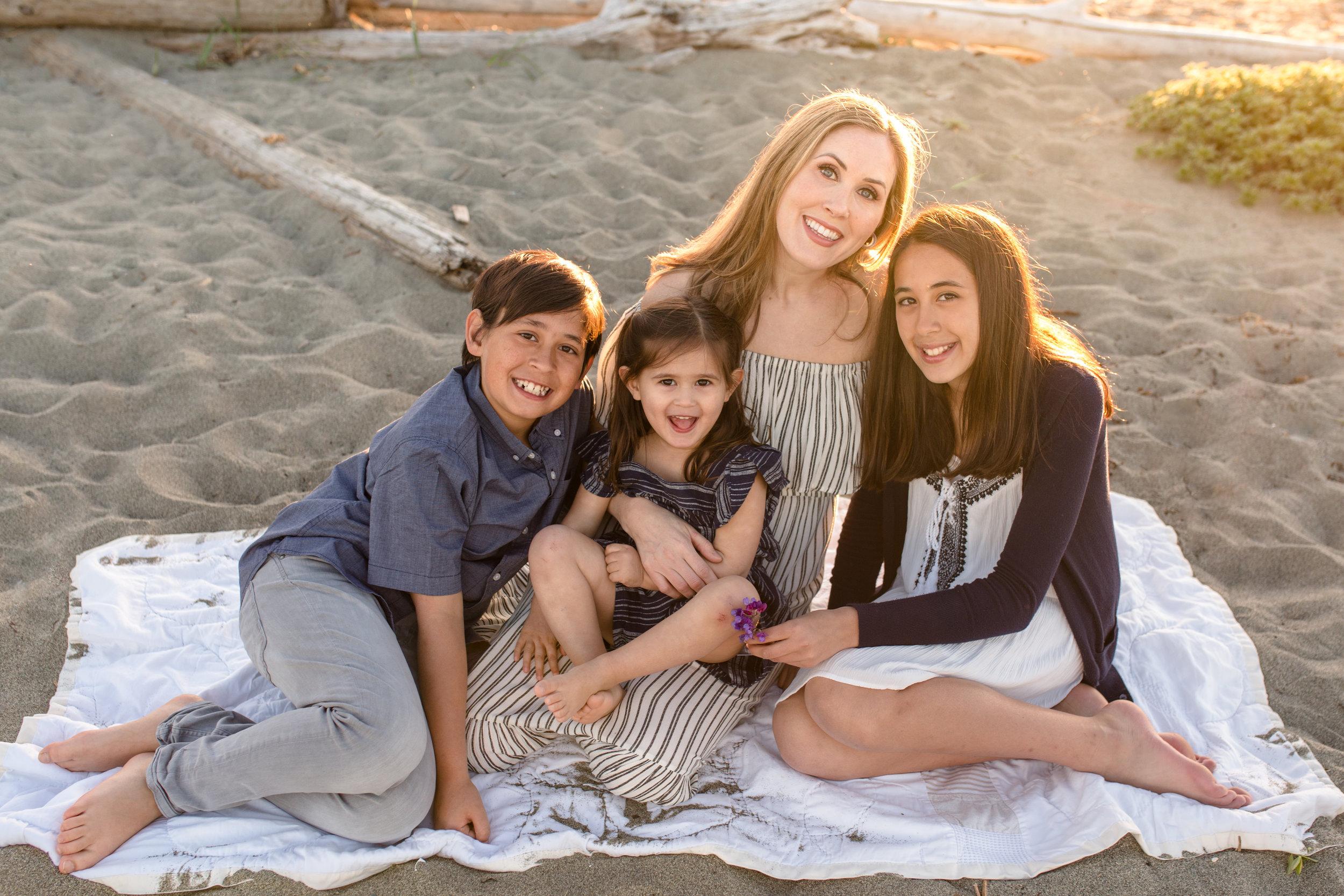 Centennial Beach Motherhood Sessions-25.jpg