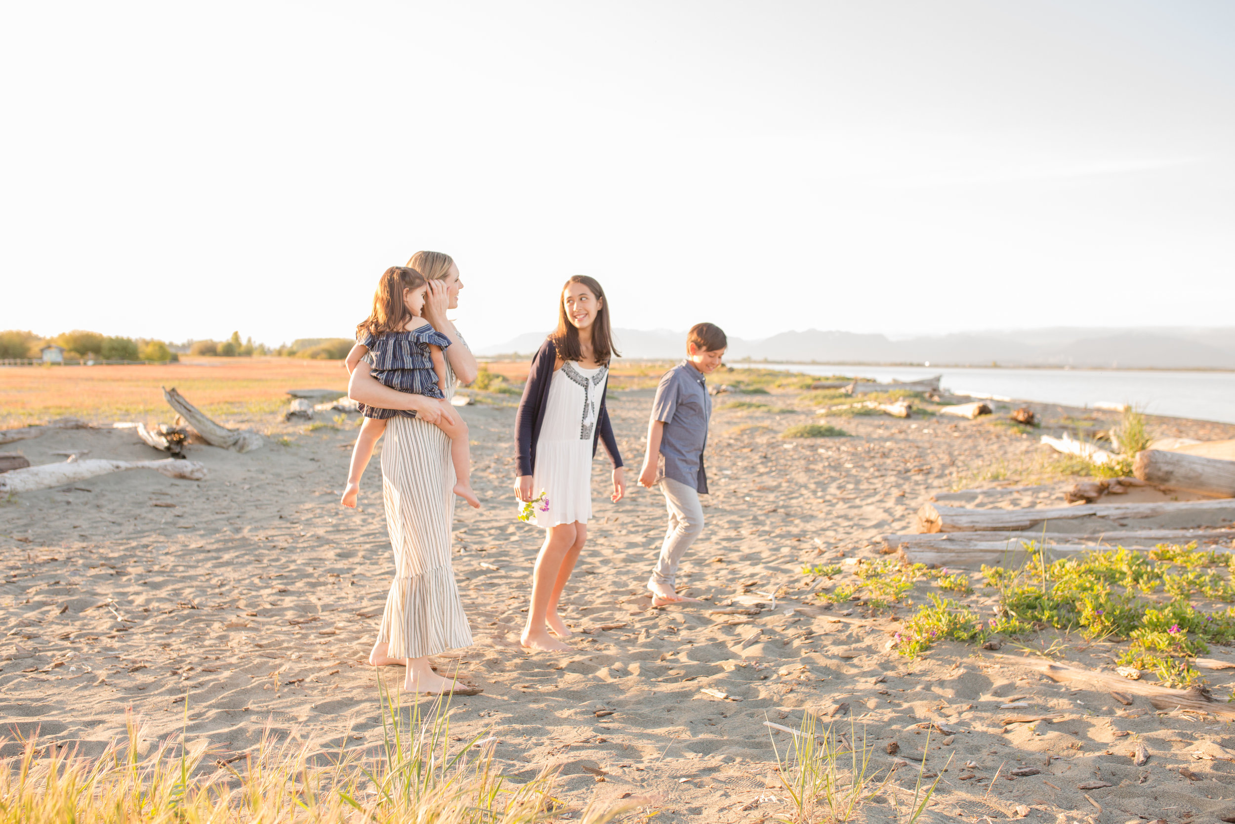 Centennial Beach Motherhood Sessions-27.jpg