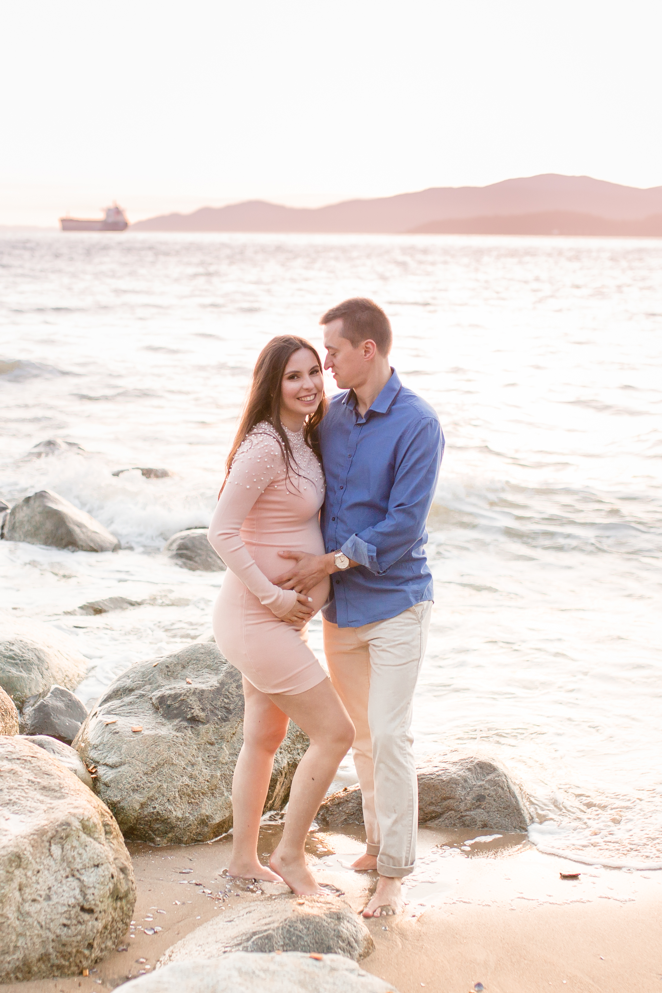 Stanly Park Maternity Pictures-7.jpg