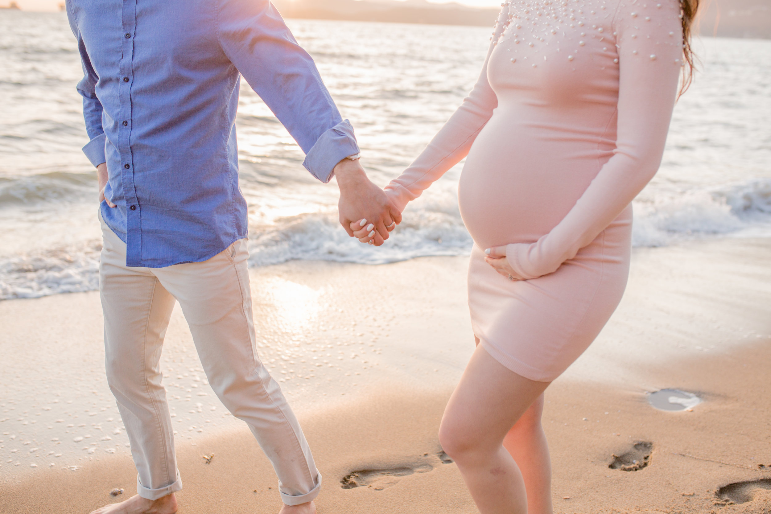 Stanly Park Maternity Pictures-21.jpg