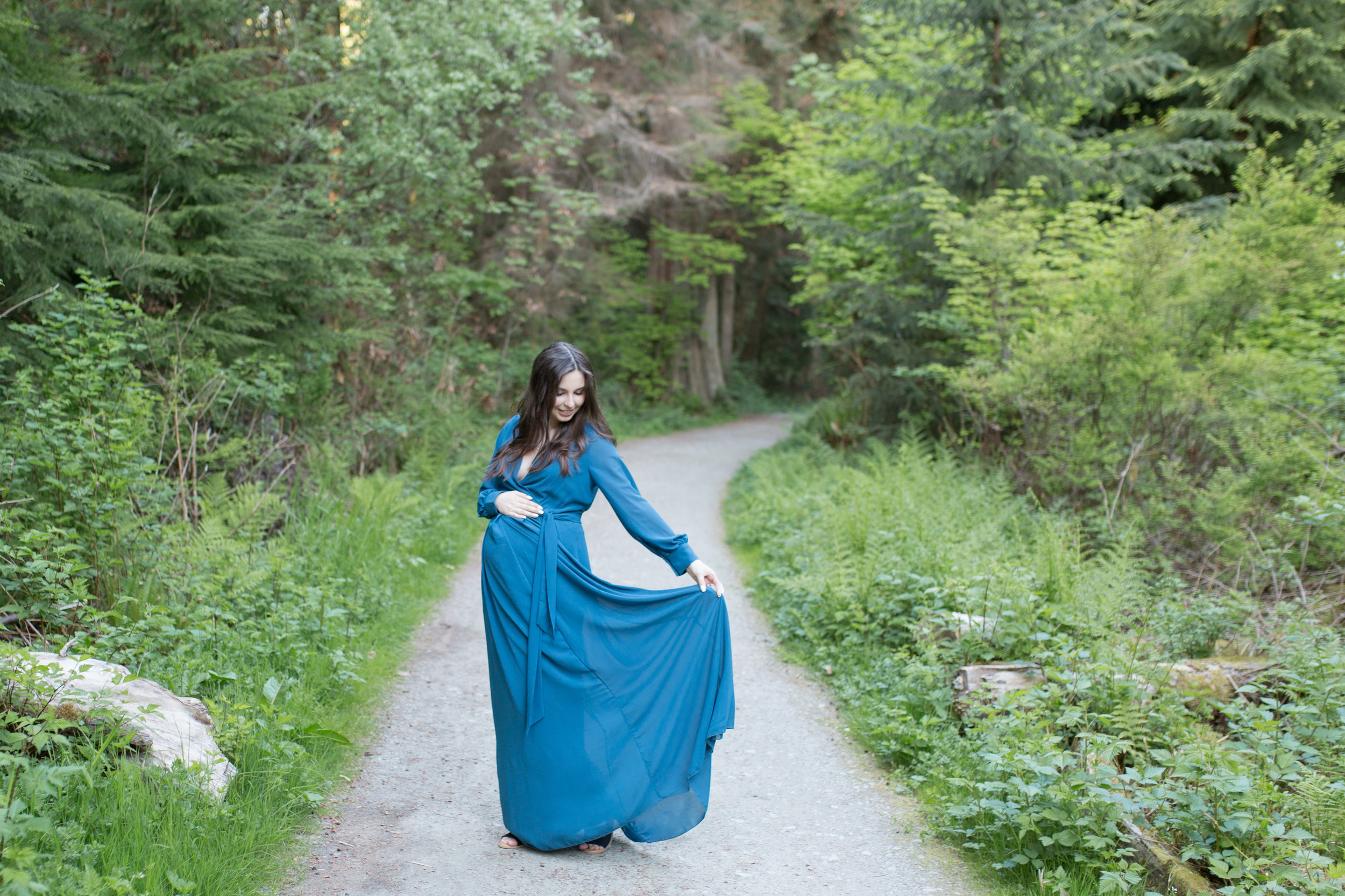 Stanly Park Maternity Pictures-48.jpg