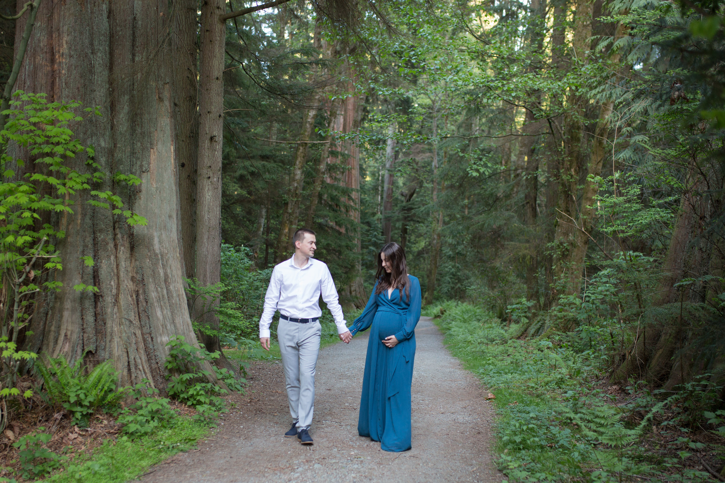 Stanly Park Maternity Pictures-51.jpg