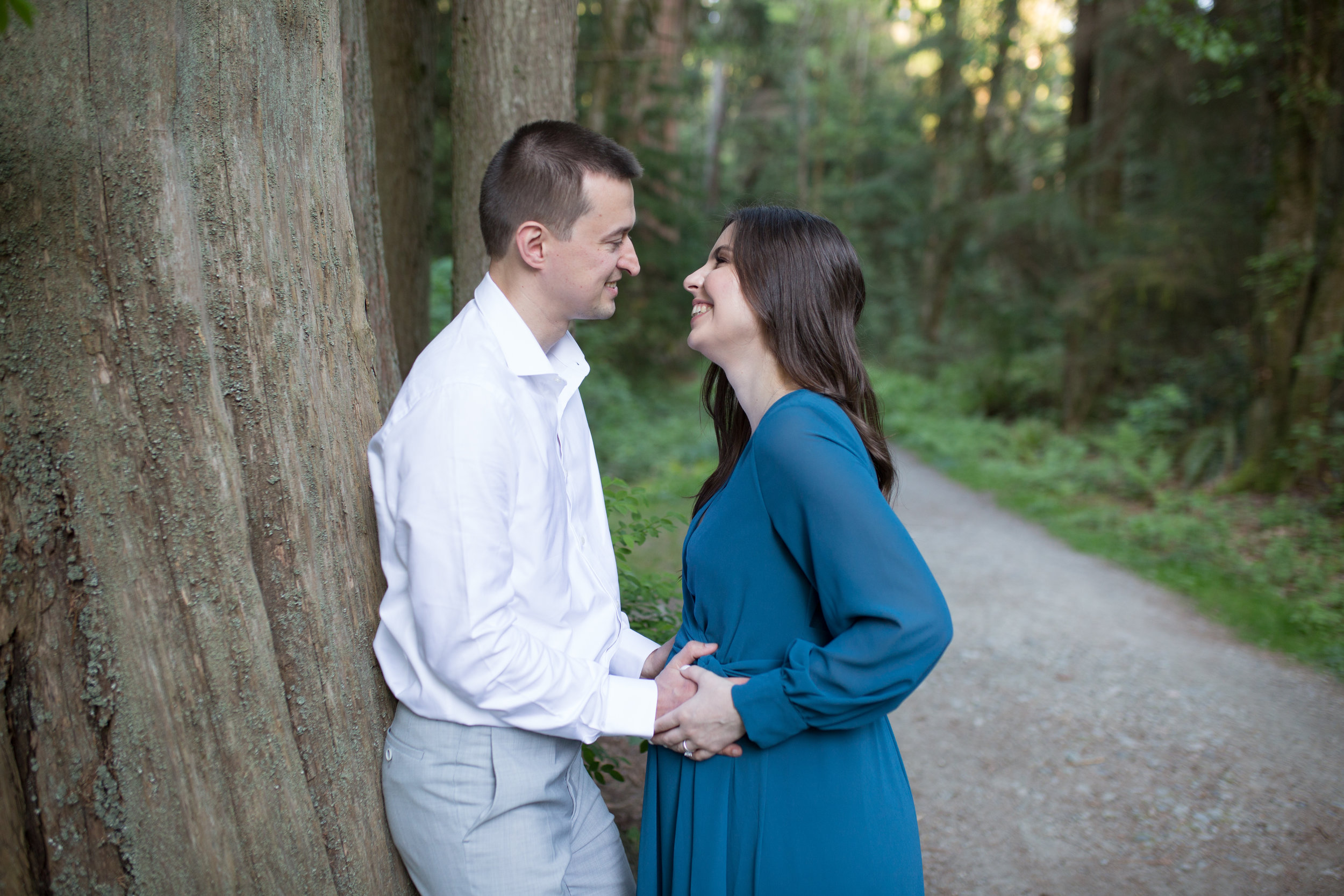 Stanly Park Maternity Pictures-56.jpg
