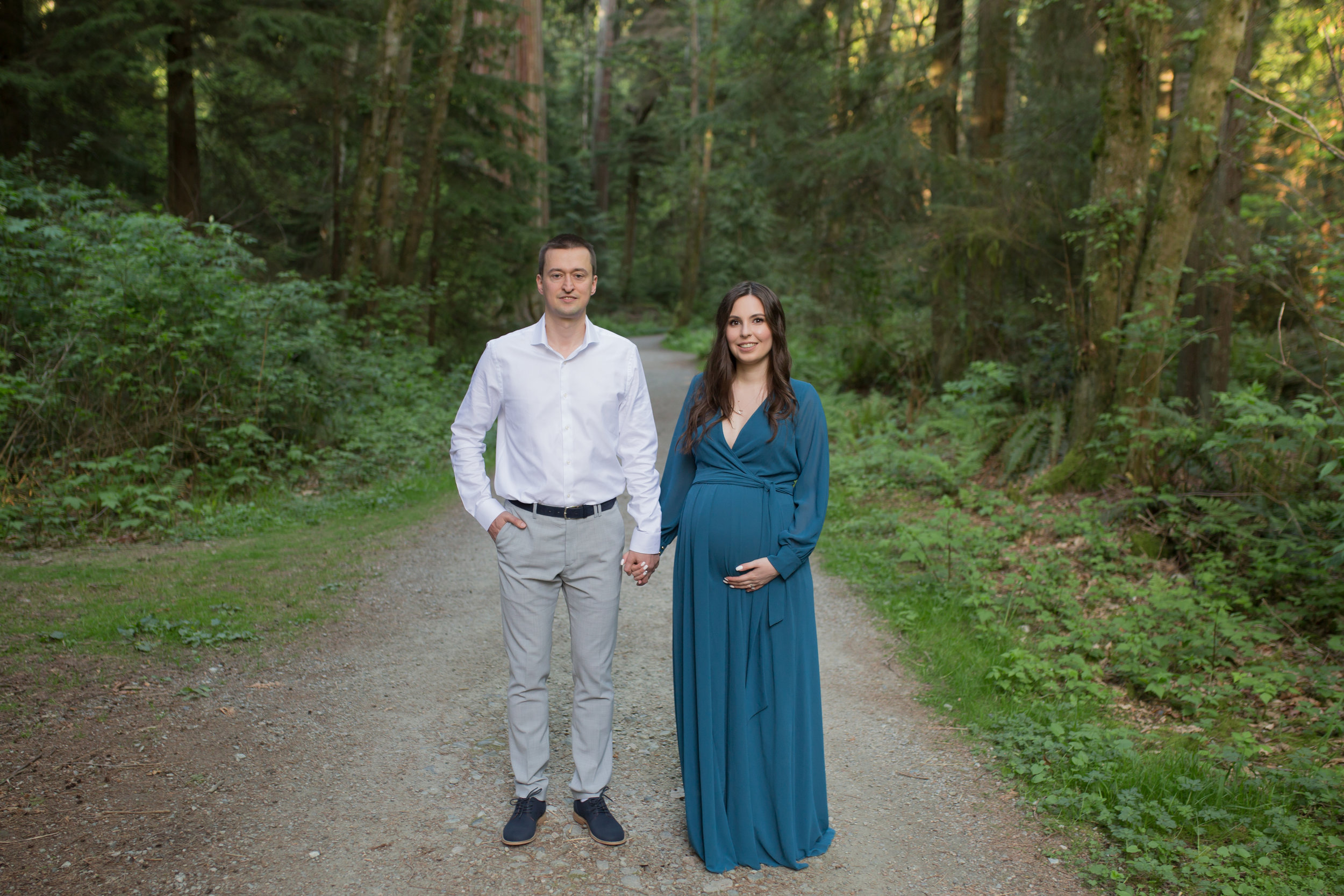 Stanly Park Maternity Pictures-64.jpg