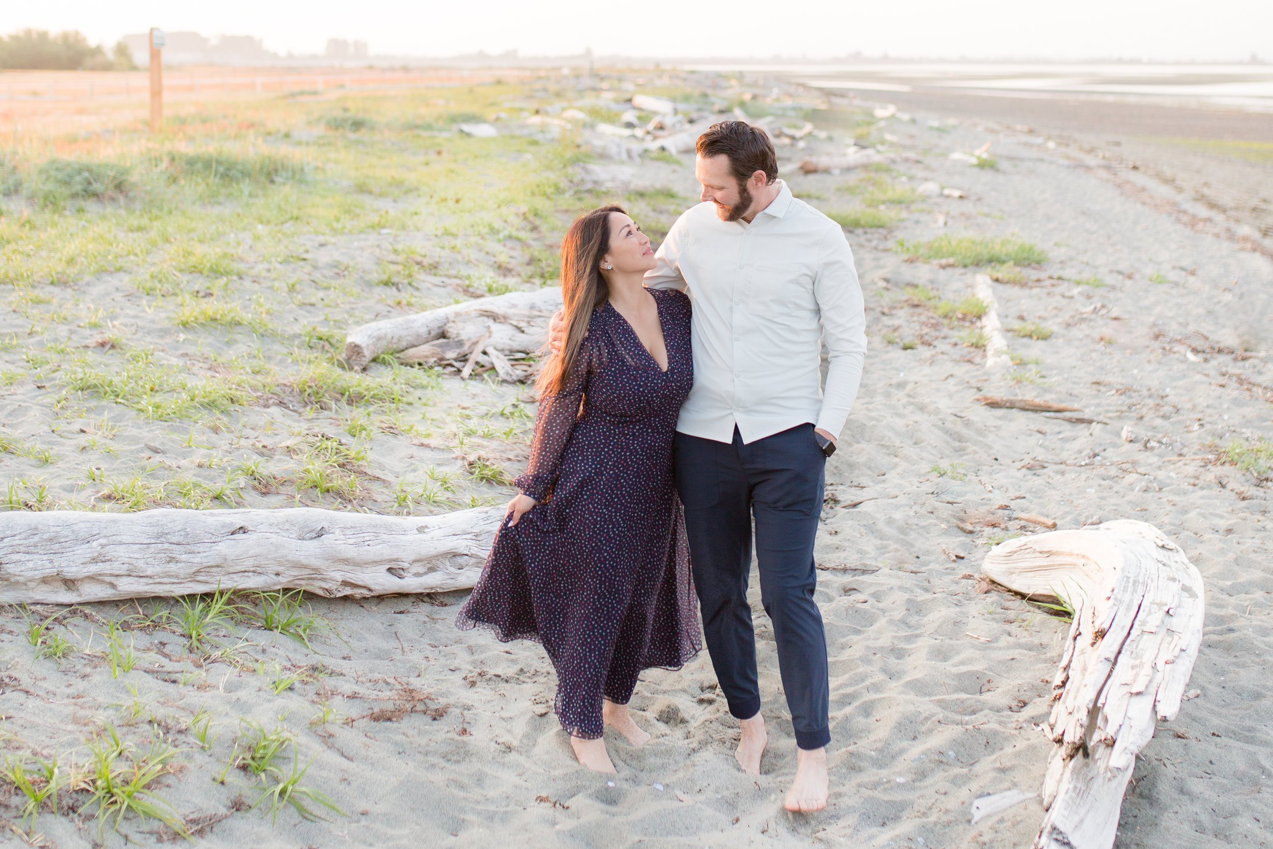 Centennial Beach Couple Photos-21.jpg