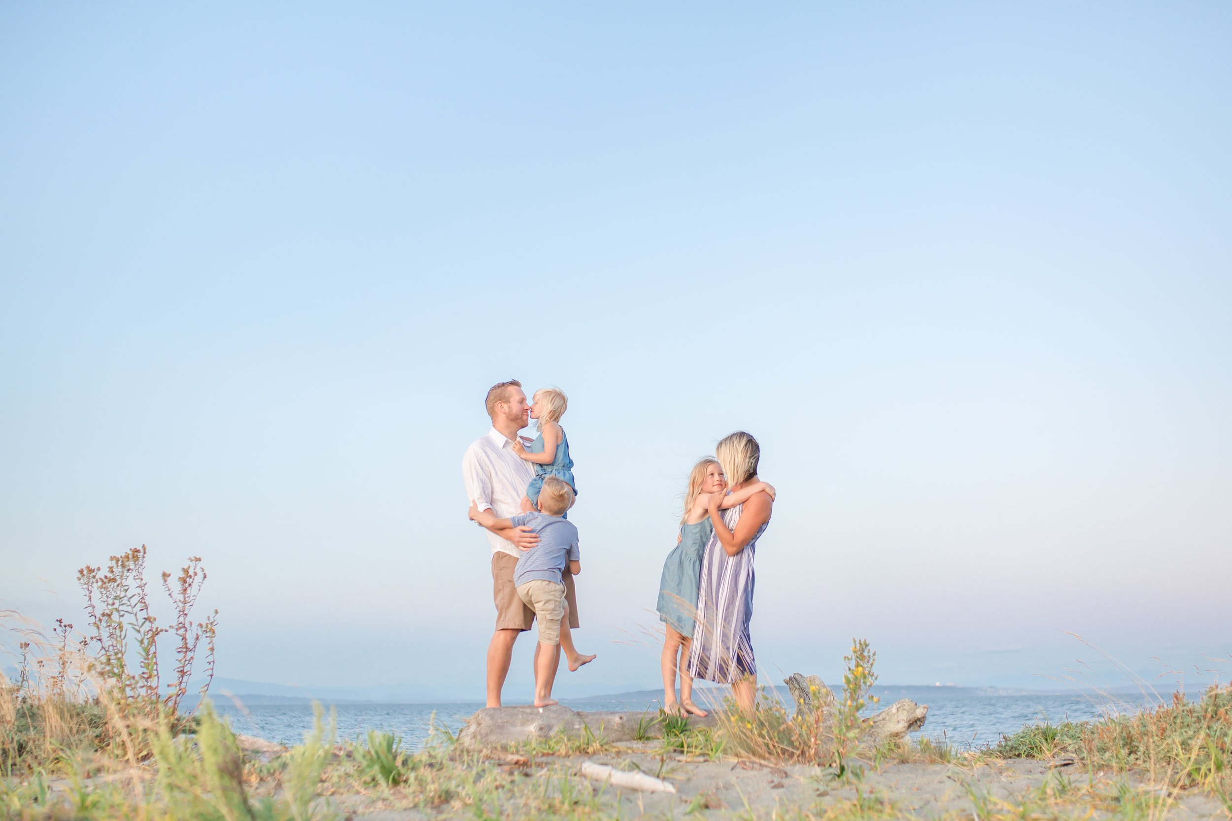 Centennial Beach Family Photos 2019-41.jpg