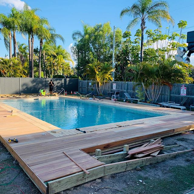 #deck #building #queensland #retirementliving #140m2 #pergola #401k #super #spottedgum #h4 #stainlesssteel #pool #swimming #tropical