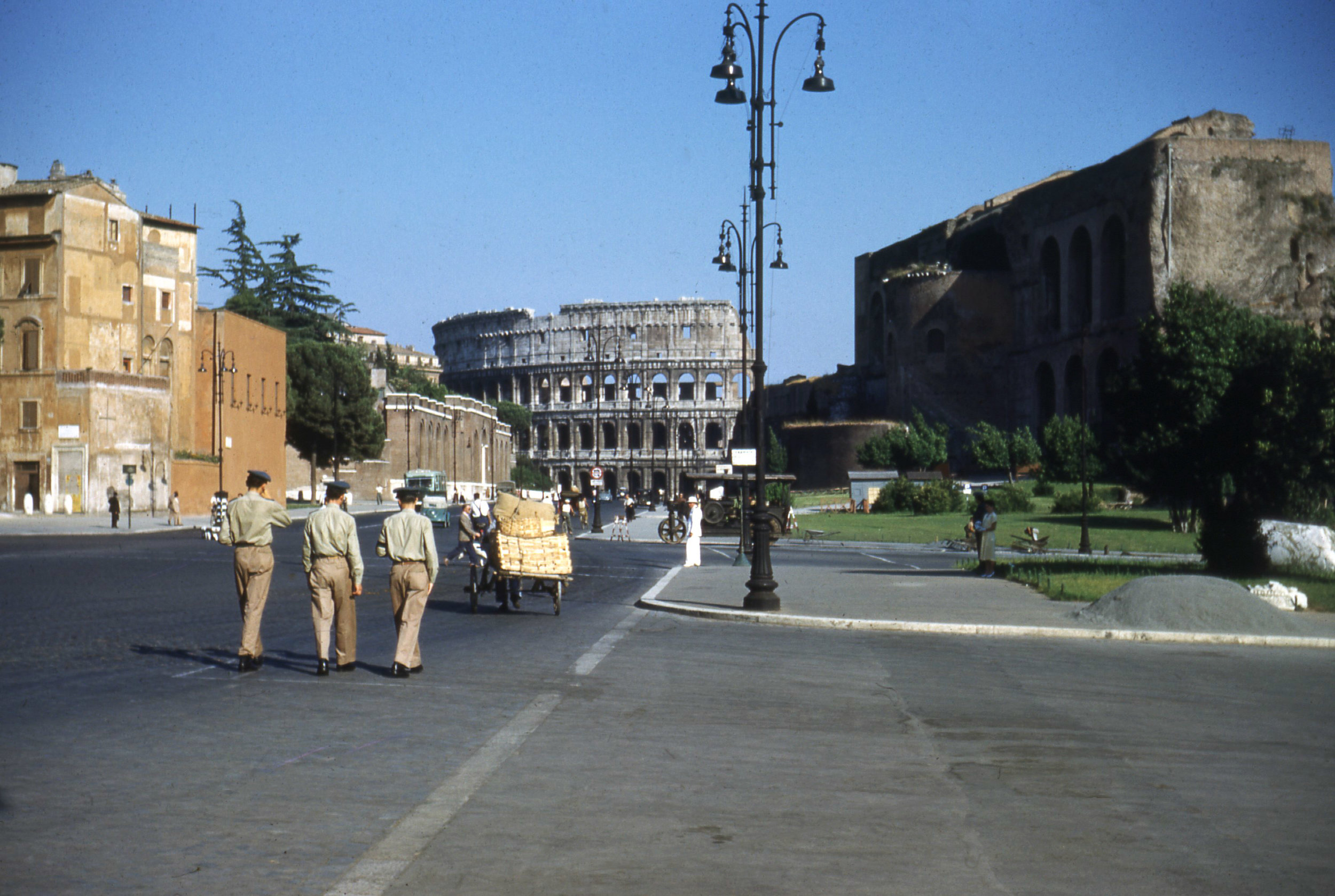 Streets_of_Rome.jpg