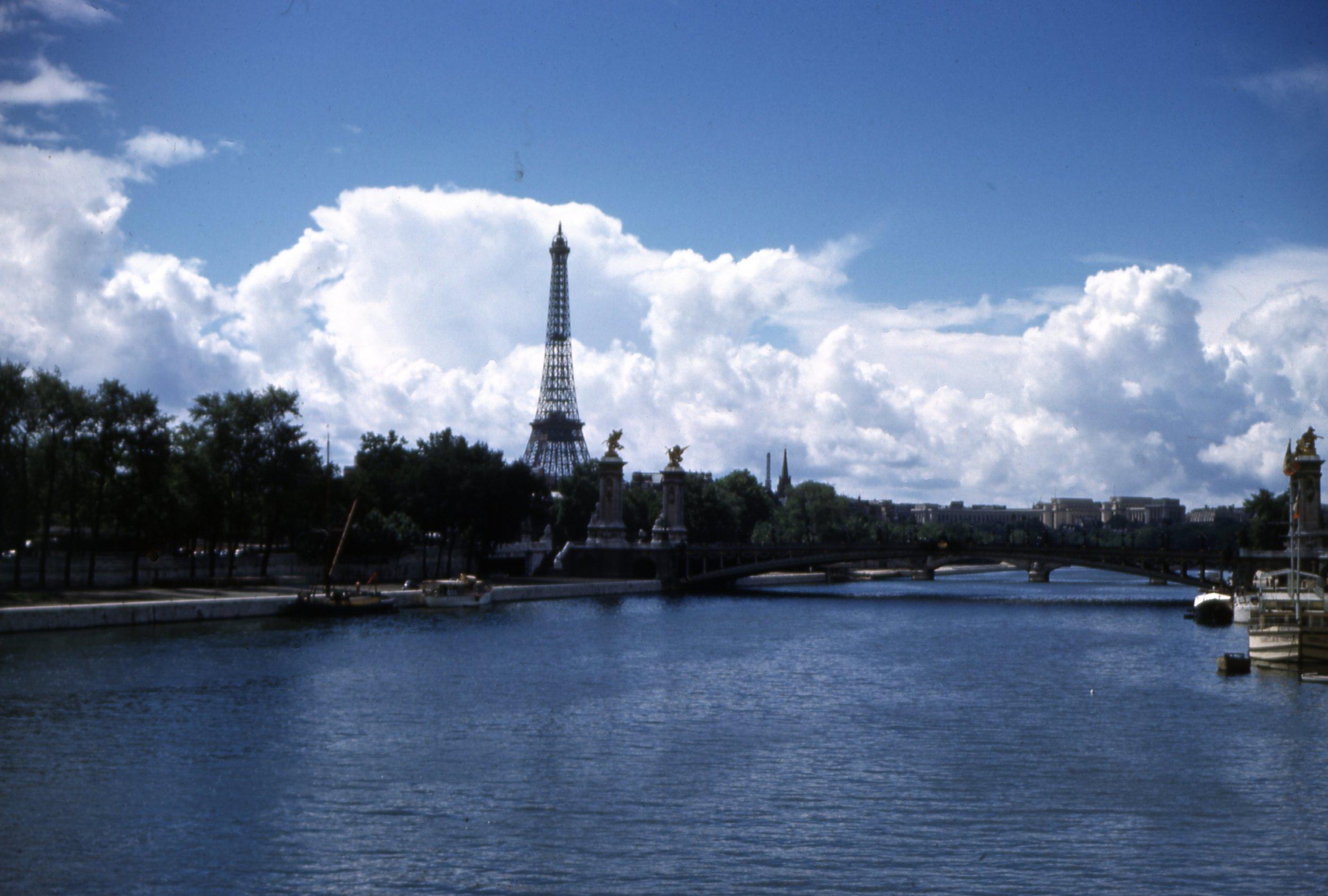 River Seine_By_Luxor.jpg