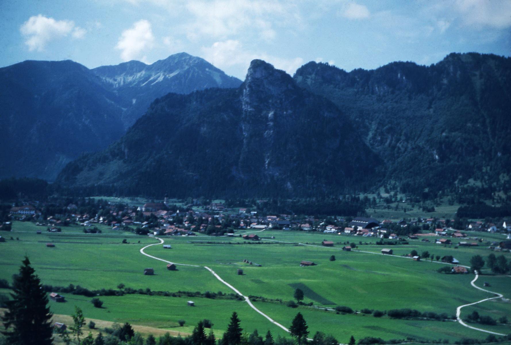 Ammer_Valley.jpg