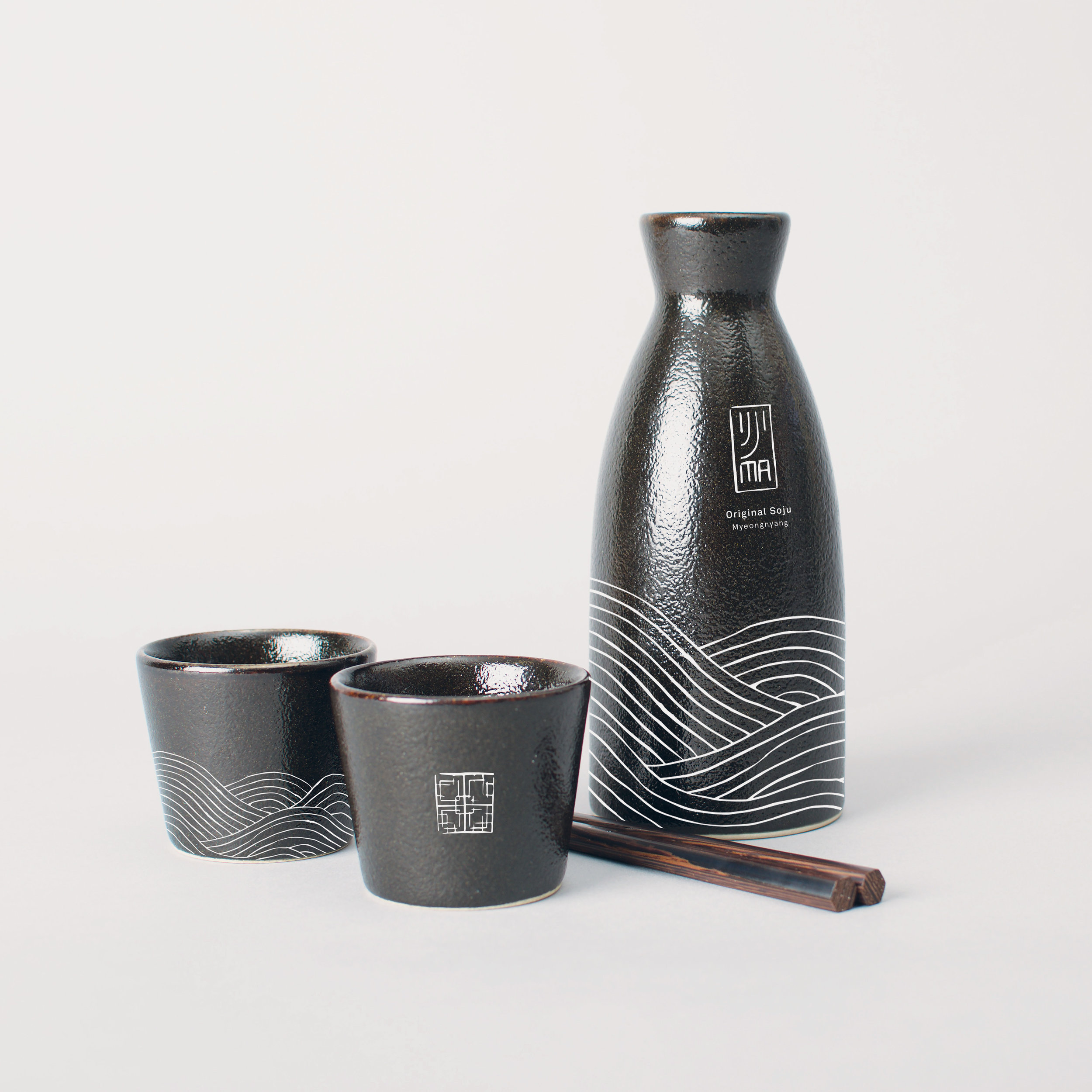 IJJI-MA SOJU  Beverage Packaging