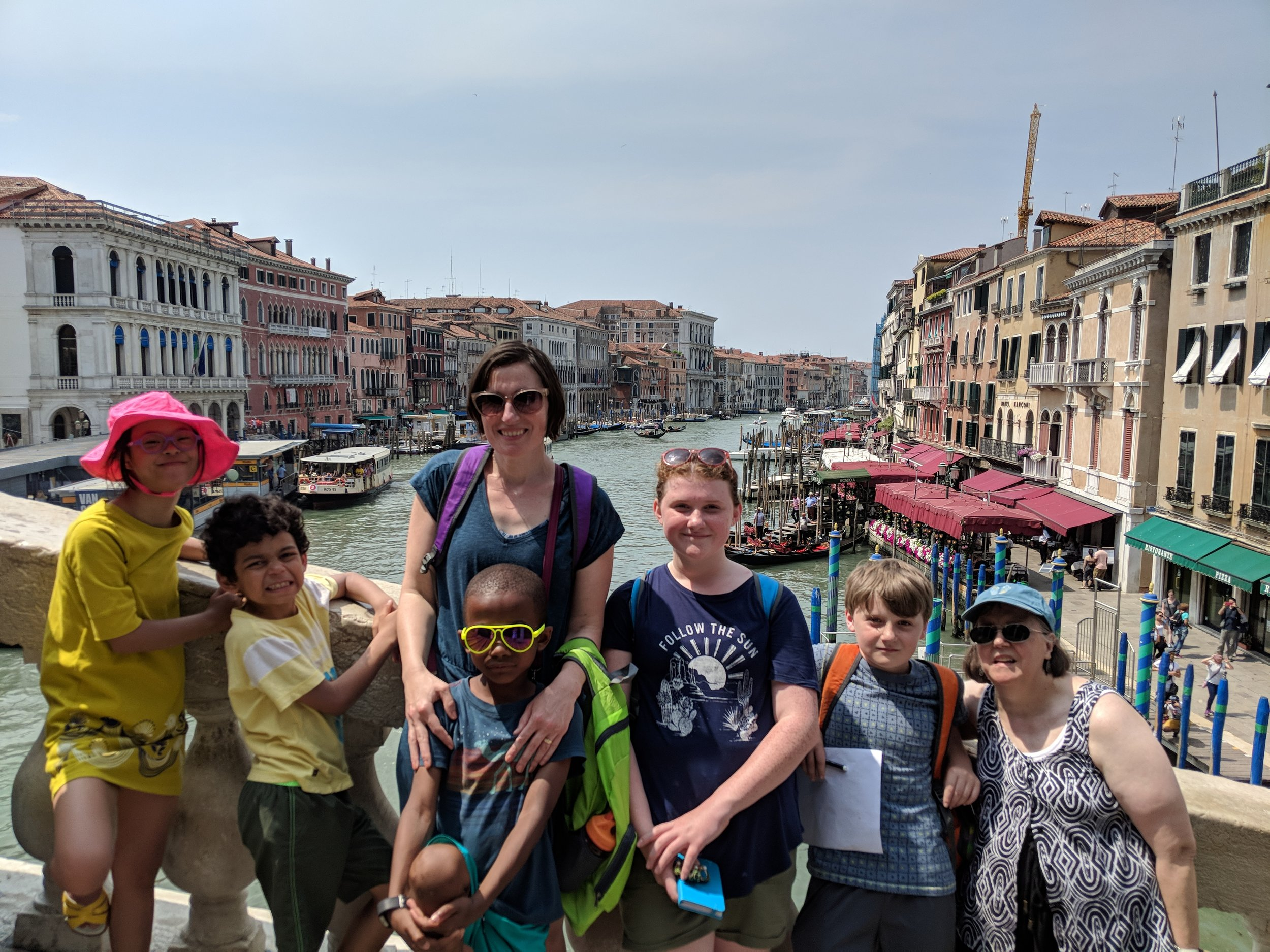Andie, her kids, and her mom exploring Italy!