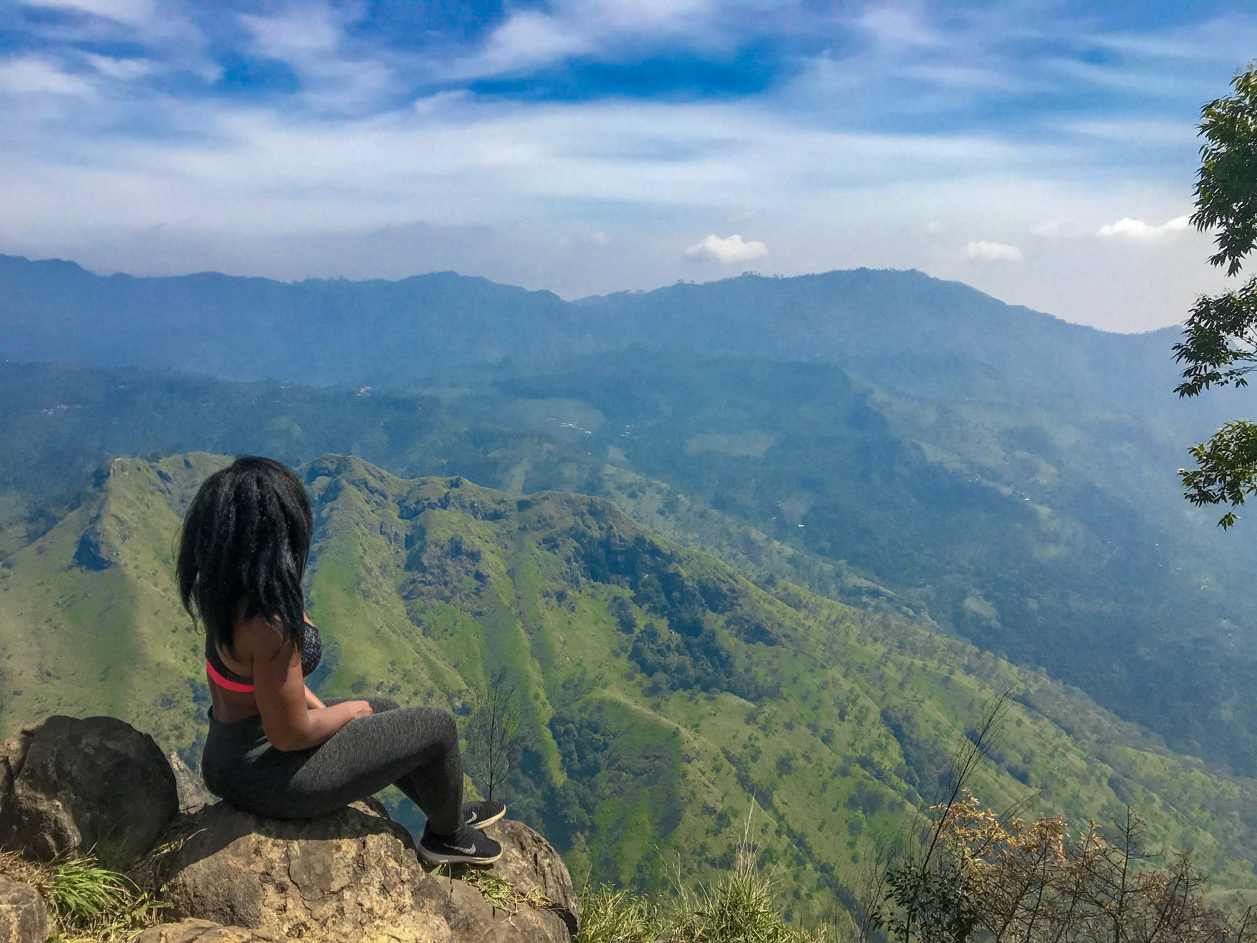 Ella, Sri Lanka - where I spent 1 month as a nomad working on my business while exploring a new country!