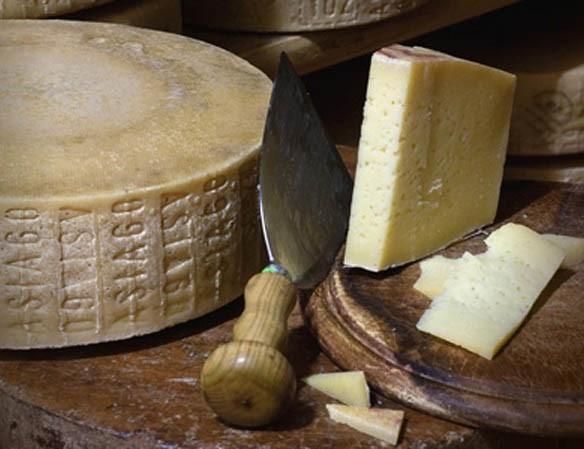 formaggio asiago.jpg