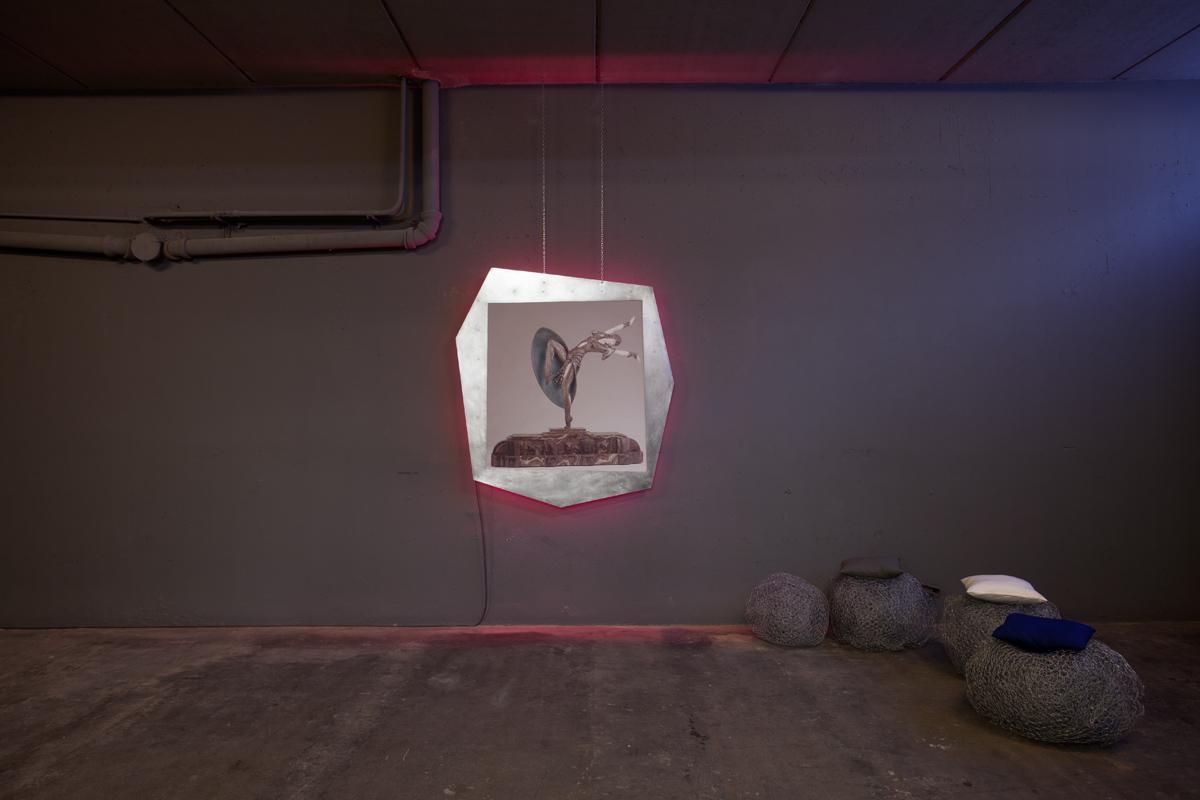 Delphine Coindet,  Demeter,  2011 Métal, néons 160 x 150 x 10 cm Unique  Courtesy Galerie Laurent Godin, Paris, 2017 (c) Yann Bohac