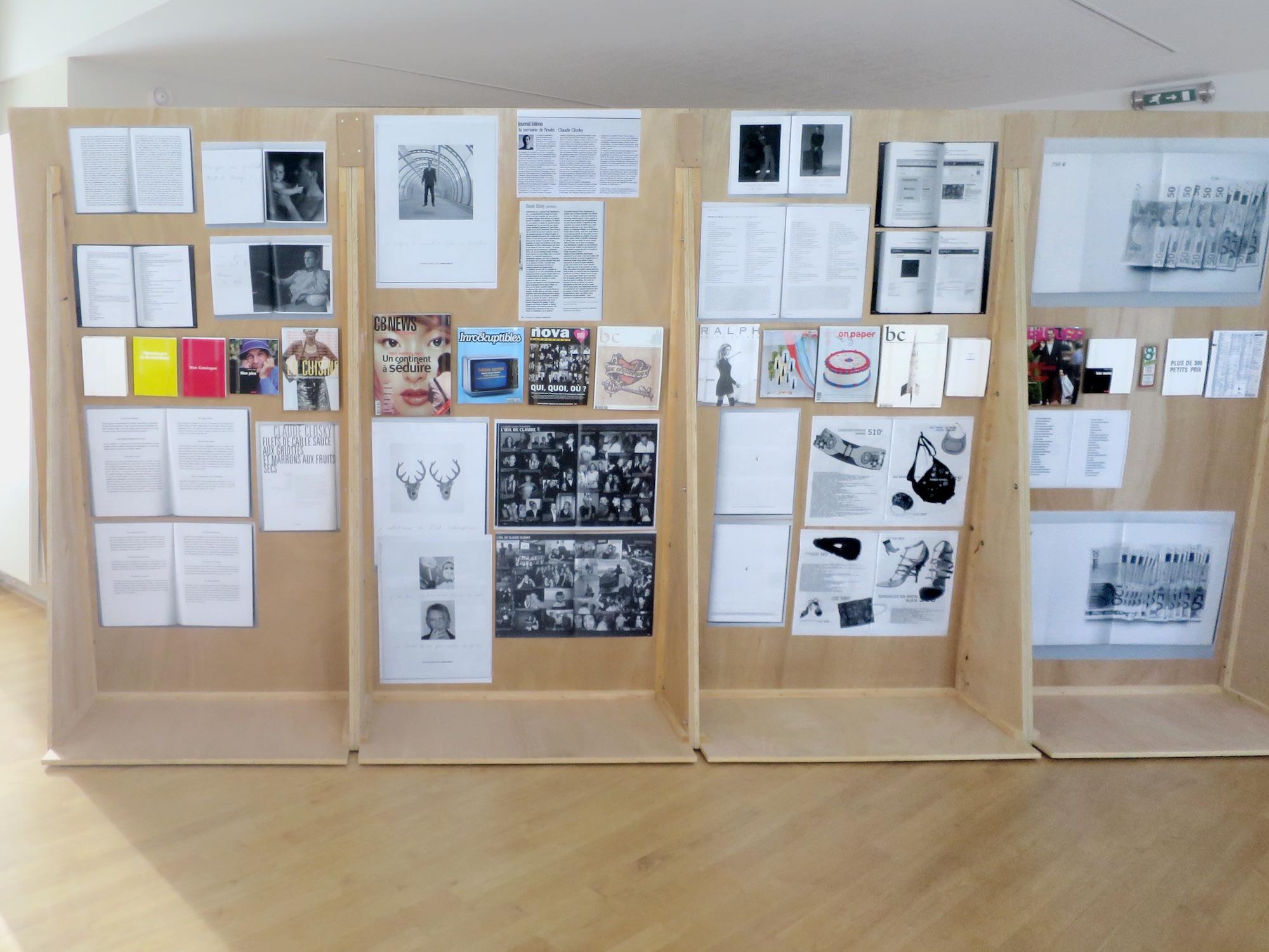 Claude Closky, 'ILUO,' Centre des livres d'artistes (CDLA), Saint-Yrieix-la-Perche. 23 June - 16 September 2017. Curated by Christian Lebrat, Didier Mathieu. Salle 4 entrée.jpg