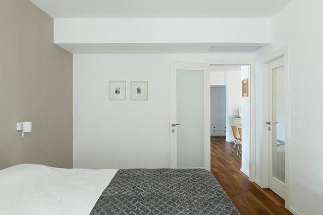 Would you take a nap here? 💤💤💤 #pertzov_arch  #TLV #TelAviv #Israel #ig_israel #insta_israel #room #house #furniture #door #apartment #window #family #floor #home #bedroom #rug #door #wall #luxury #architecture #spacious #interiordesign #interiorinspo #bedroomdecor #bedroom #bedroomgoals