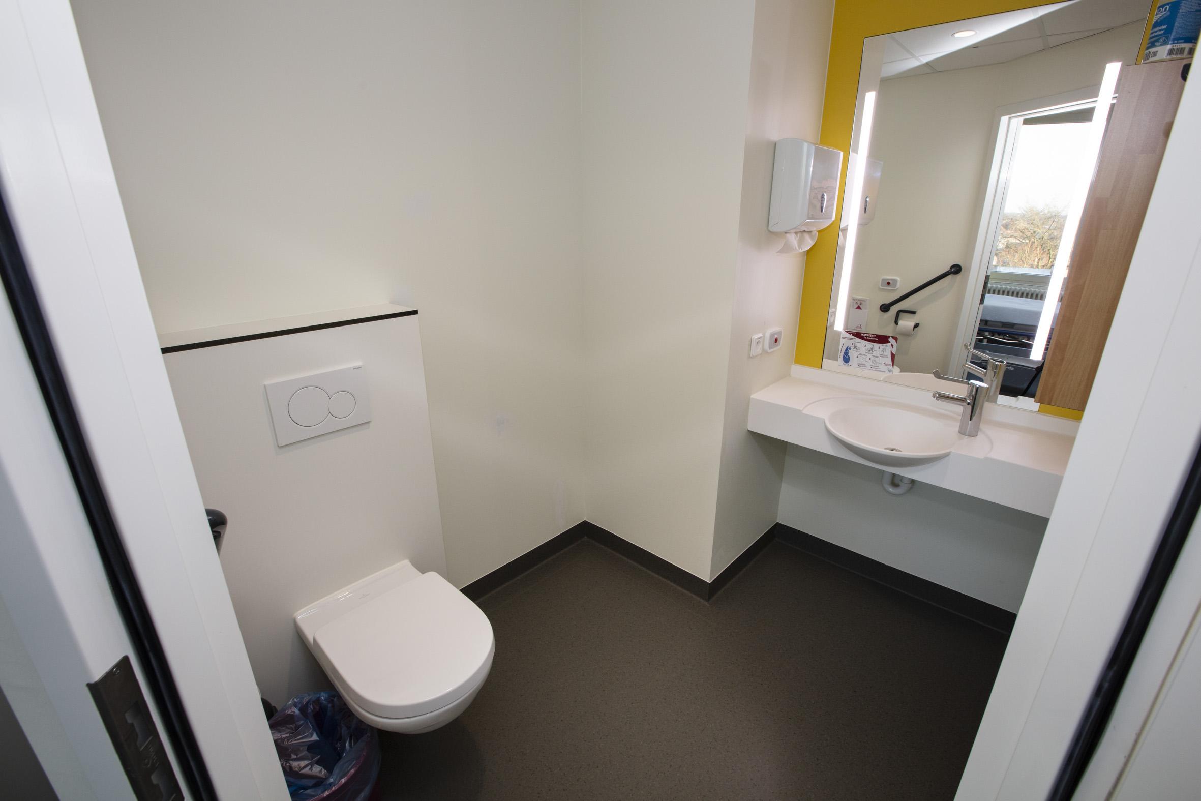 Badkamer Luxekamer in Beveren