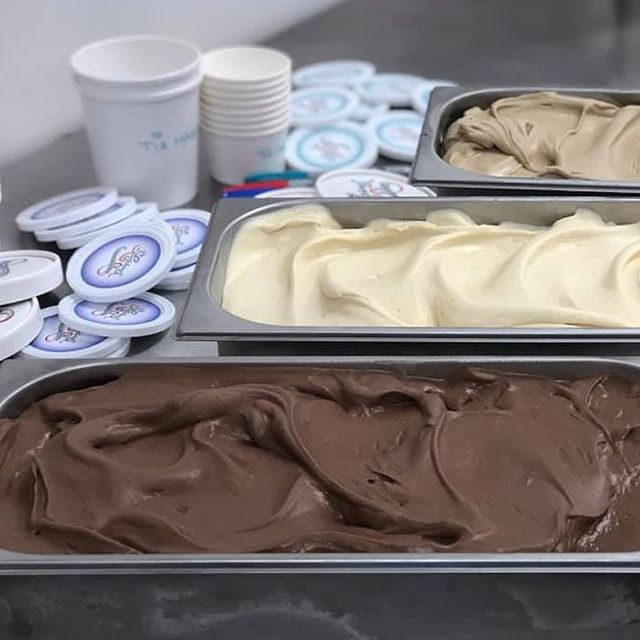 Double Dipping this Thursday: the Luscious truck will be in Biltmore Village at From Here to Far Gallery 1:30-3:00, then Enka Candler Tailgate market from 3:30-6:30! 🍦For the triple Whammy or if you need some of our boozy ice cream today- stop in at Cultivated Cocktails or Dalton Distillery and scoop up a Pint❤️ See you Spoon! . . . @dalton_distillery @fromhere_fargallery #enkacandlertailgatemarket #adulticecream #icecreamtruck #smallbatch #topshelf #alcoholinfusedicecream #local #ashevilleborn #icecream #828isgreat