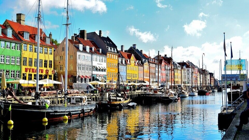 COPENHAGEN - Copenhagen is ranked 2nd on the global sharing city Shared Mobility City Index and also 2nd on the West Europe Shared Mobility City Index. Copenhagen set itself the goal to be the world's first climate neutral city in 2025, an ambitious and audacious goal.