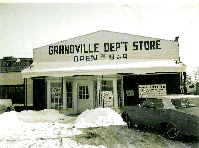 Grandville Dept 01.jpg