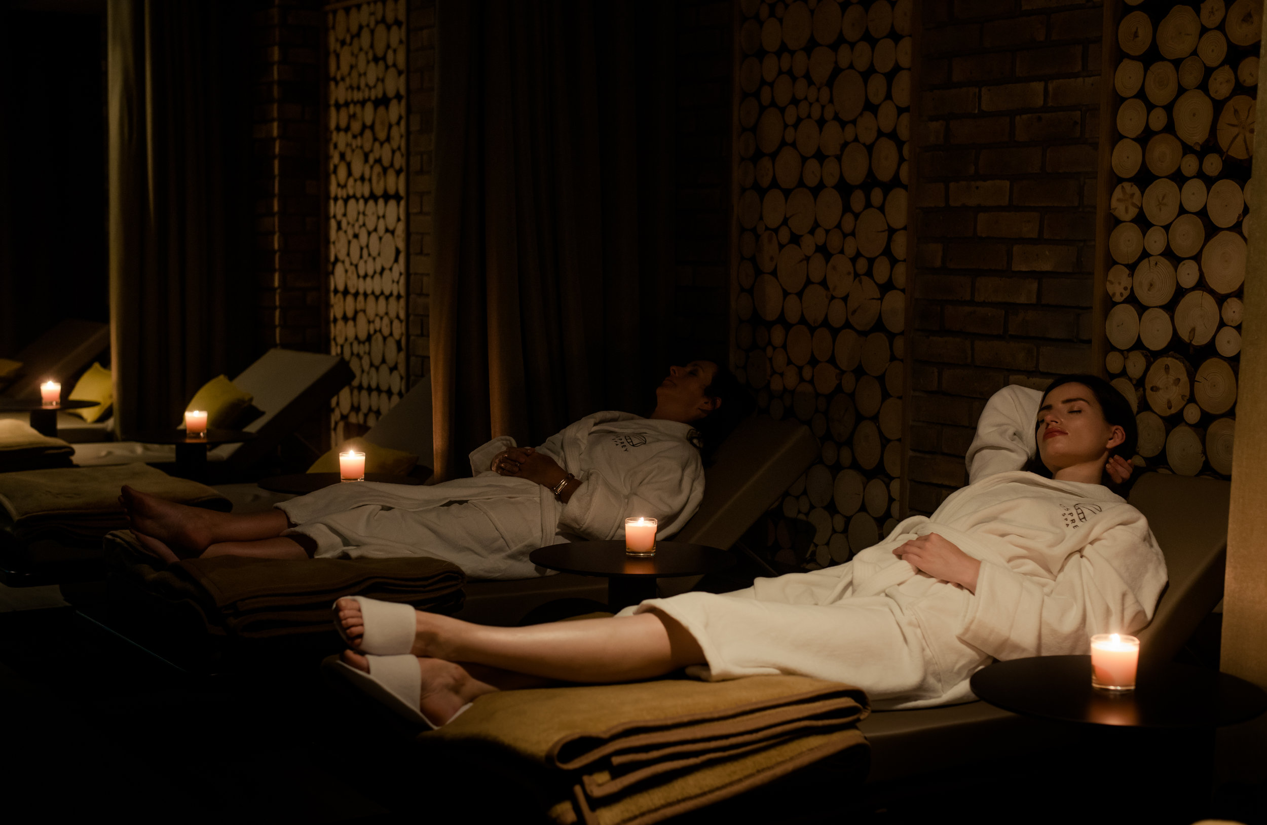 Osprey Leisure & Fitness. Two women relaxing in the Soul Spa in the Osprey Hotel