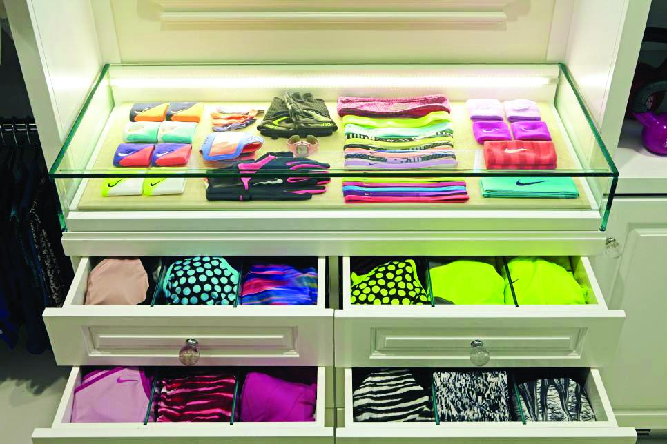 Lisa-Adams_LA-Closet-Fitness-Passion_3.jpg.rend.hgtvcom.966.644.jpeg