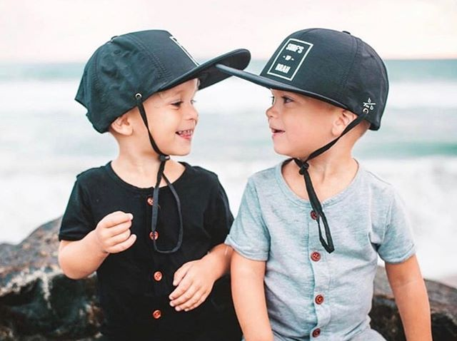Isn't two always better than one?😍😍😍 Cutest ever...and of course the best sun hats ever @bittybrah! We are so excited they are joining us again at the Spring Shop OC Market/just in time for Spring and Summer!🙌🏼☀️ The perfect time to stock up on those adorable hats!