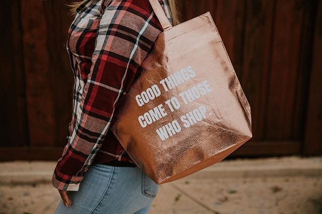 You guys: we only have 20 SWAG BAGS LEFT😱😱 Whose gonna snag these last few bags?!🙋🏼♀️ Only 4 more sleeps until the Shop OC Market and we are ready to go!💃🏼 Come Shop with us this Sunday and make sure you do it the OC VIP way with your swag bag! These last few will go quick so purchase ASAP! #snagyourswag