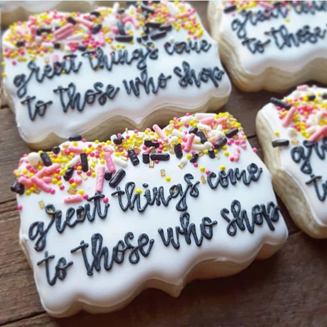 Great things come to those who shop!🎉🛍 Whoae ready for Sunday?!🙋🏼♀️ Were so excited to have this amazing vendor back to the shop OC market this Sunday! @poppi.seed.bakes makes the sweetest treats...and some of you swag bag ticket holders may just get one of these yummy cookies from them in your bags!🤤