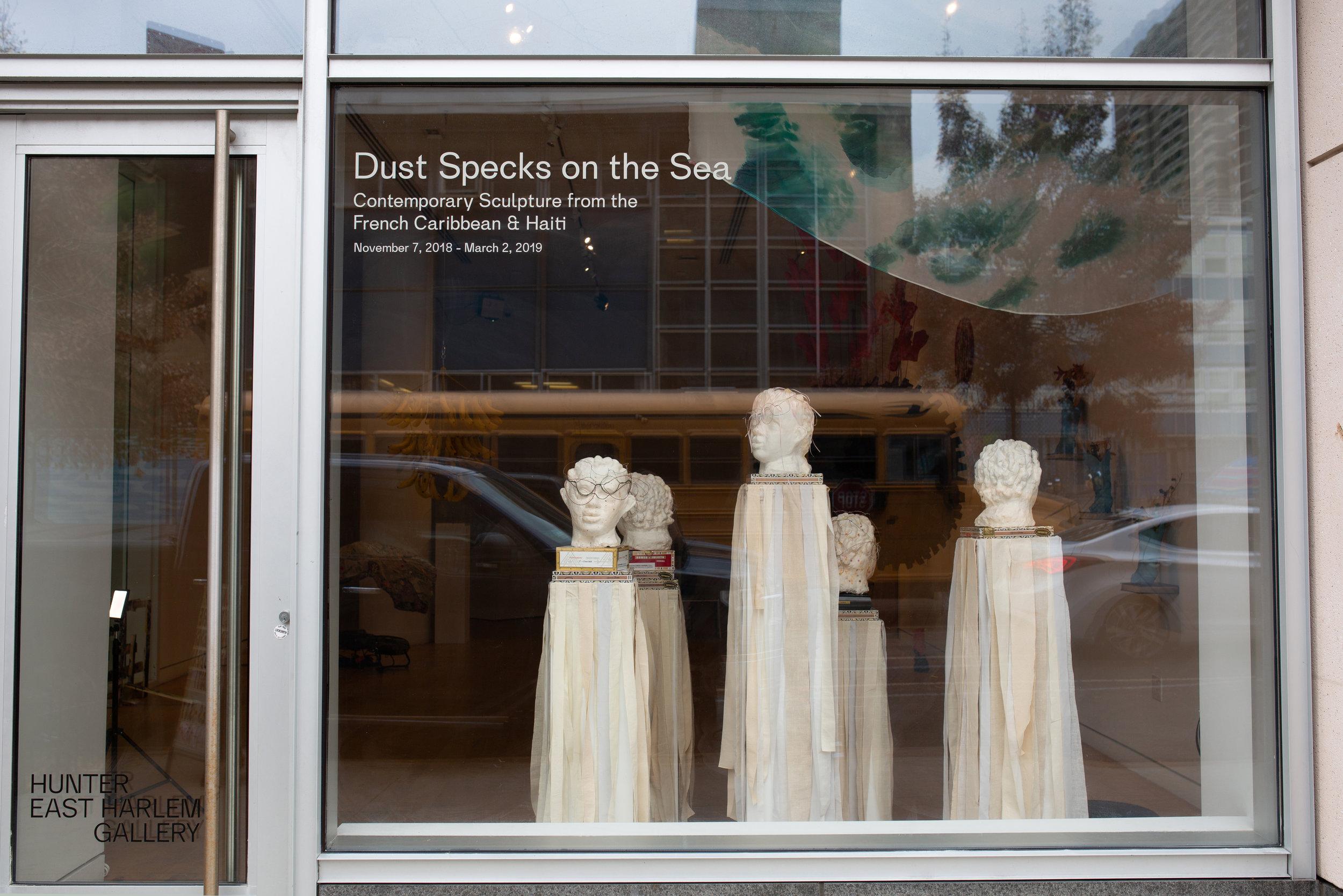 Dust_Specks_009.jpg