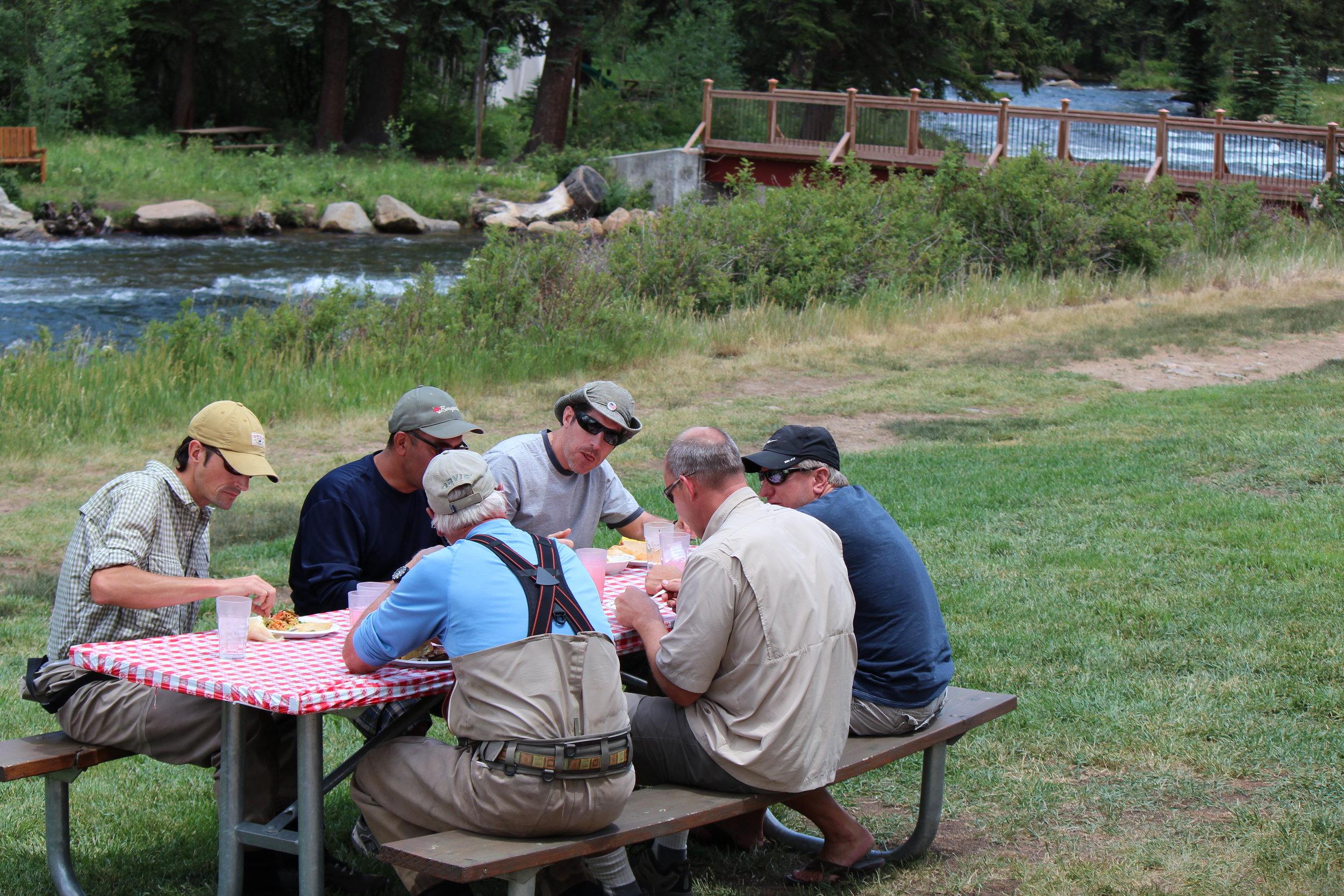 A typical NFRGS riverside lunch with our fisherman