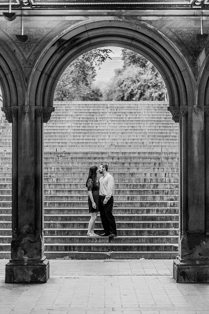SarahSidwellPhotography_romanticcentralparknycengagementphotoshootnashvillephotographer_Nashvilleweddingphotographer_2563.jpg