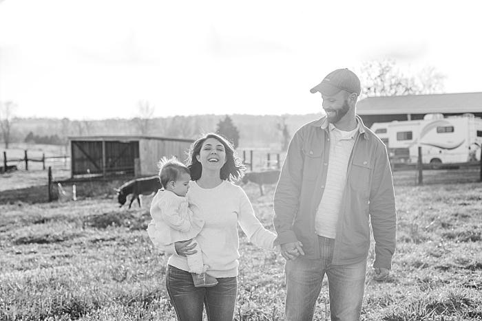 SarahSidwellPhotography_outdoorphotosonafamilyfarmintennessee_Nashvilleweddingphotographer_2611.jpg