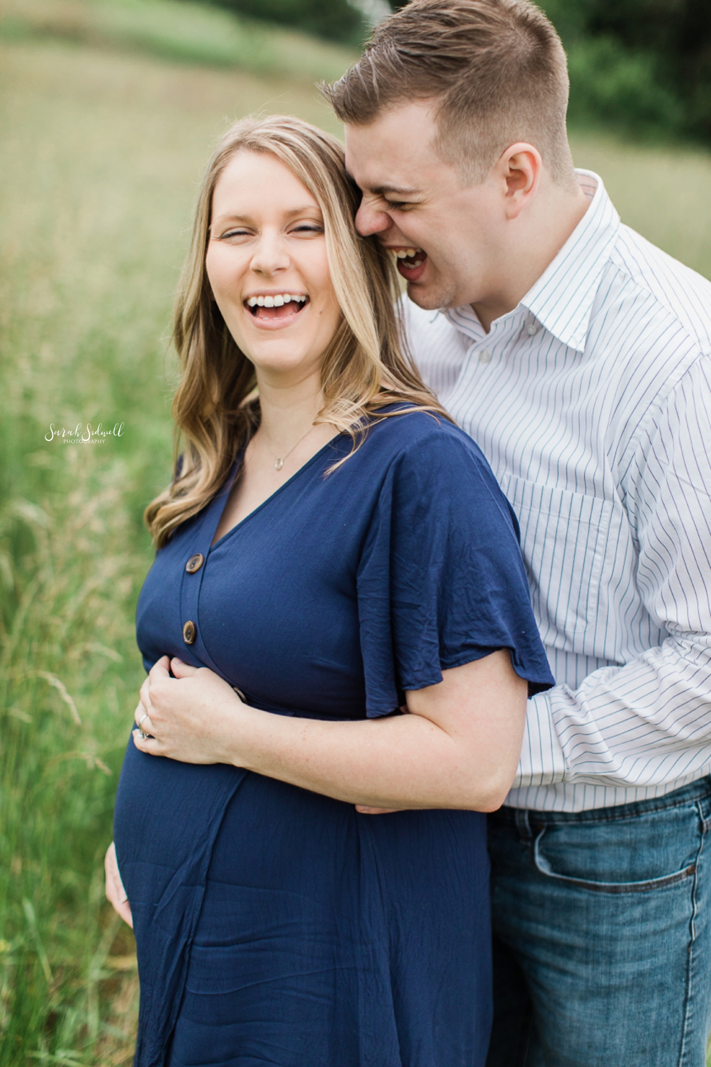 Maternity Session Sneak Peak | Daphne