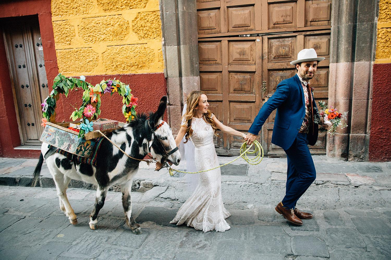 fun-wedding-san-miguel-de-allende-mexico-170.jpg