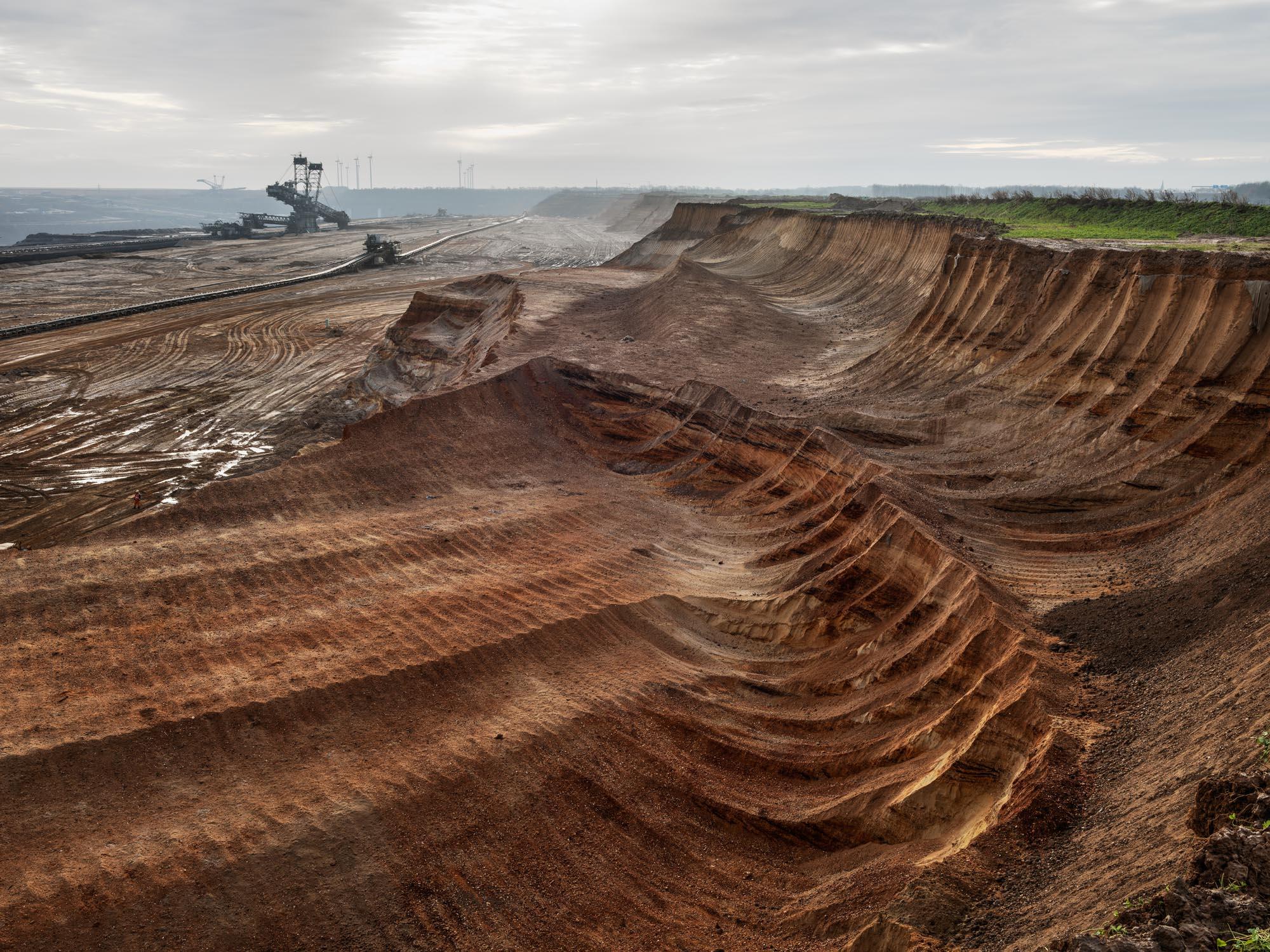 Coal Mine #1, North Rhine, Westphalia, Germany 2015 © Edward Burtynsky, courtesy Flowers Gallery, London / Howard Greenberg and Bryce Wolkowitz Galleries, New York