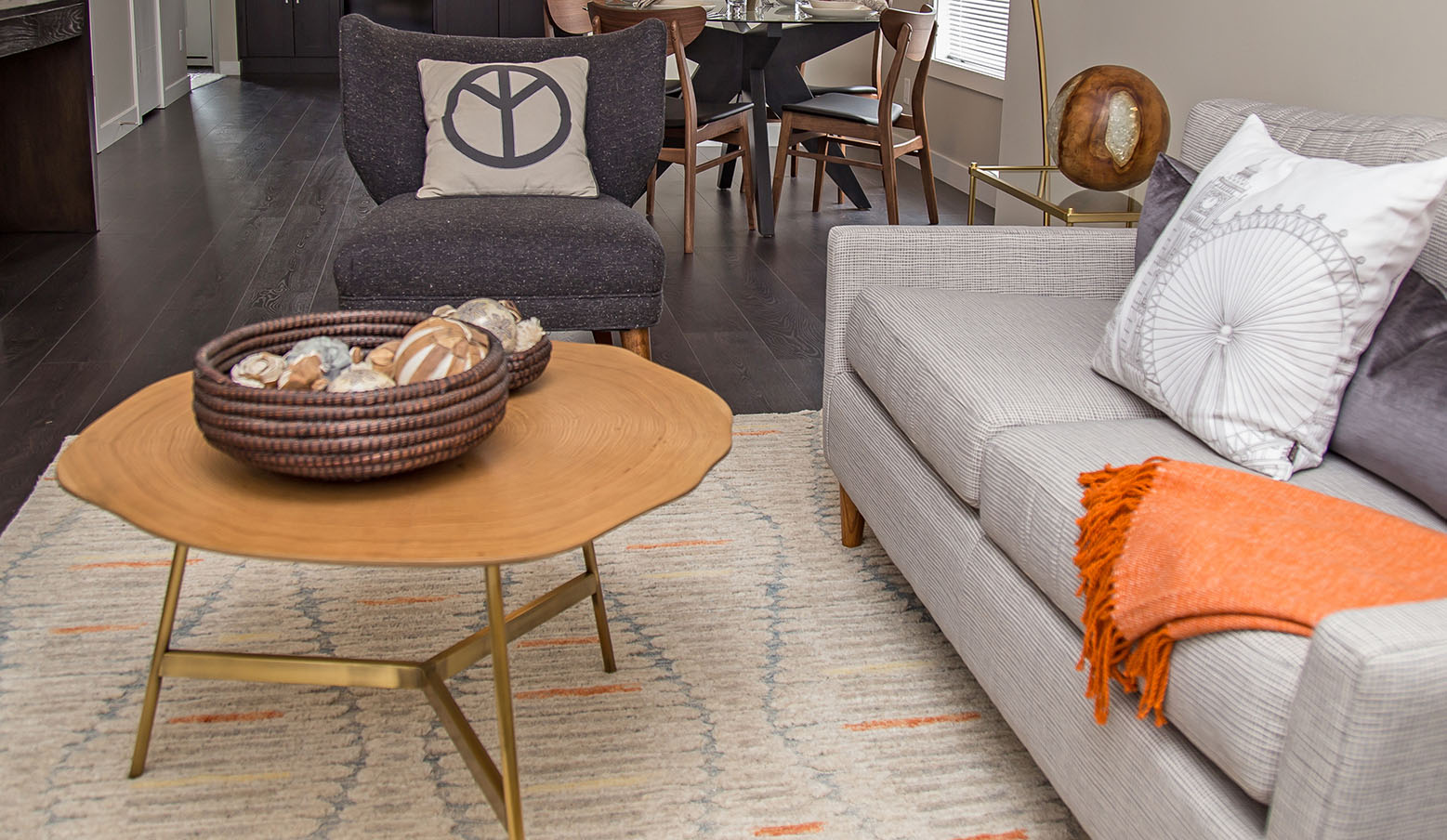 A modern take on a living room space by Slokker Homes