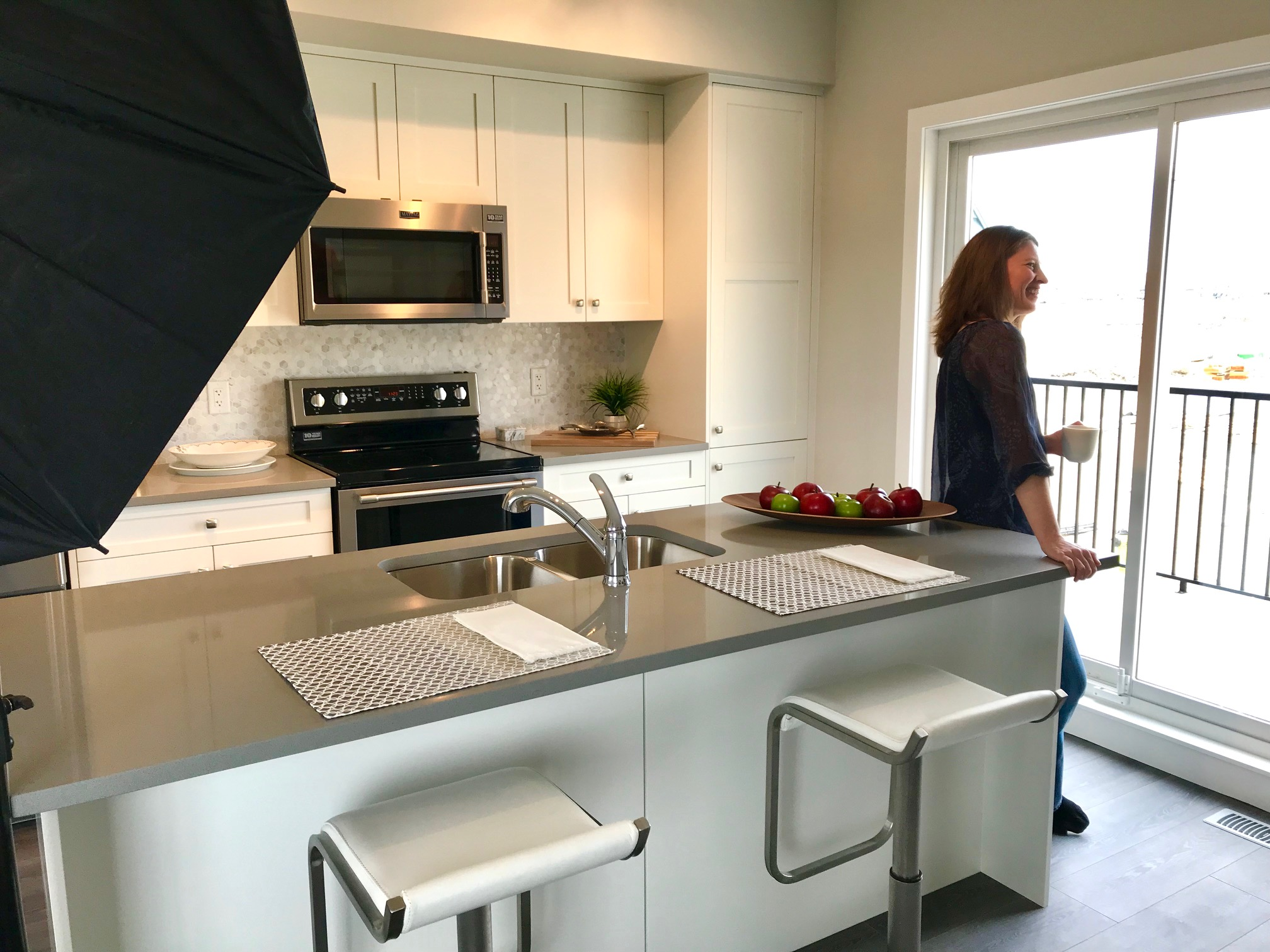 PHOTO SHOOT: Suzanne in the kitchen at Canals