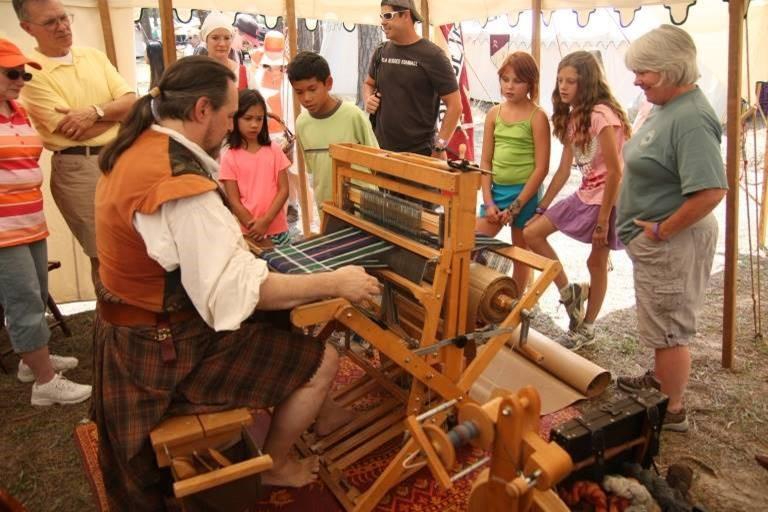 RenScots weaving.jpg