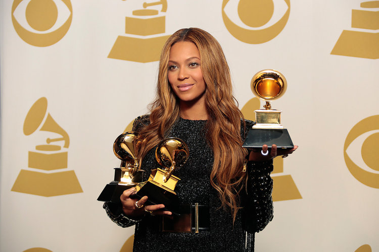 """It's important not just to LOOK GOOD, but also """"BEY"""" GOOD. Take it from Beyonce."""