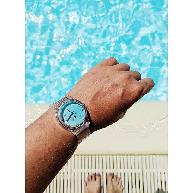 Last days of vacation and last day of our daily swimming pool visits 🐬 but our pool watch will will be here for rest of the summer ☀️ #may28th #swimmingpools #poolhouse #vacationmode #watch #may28thwatch